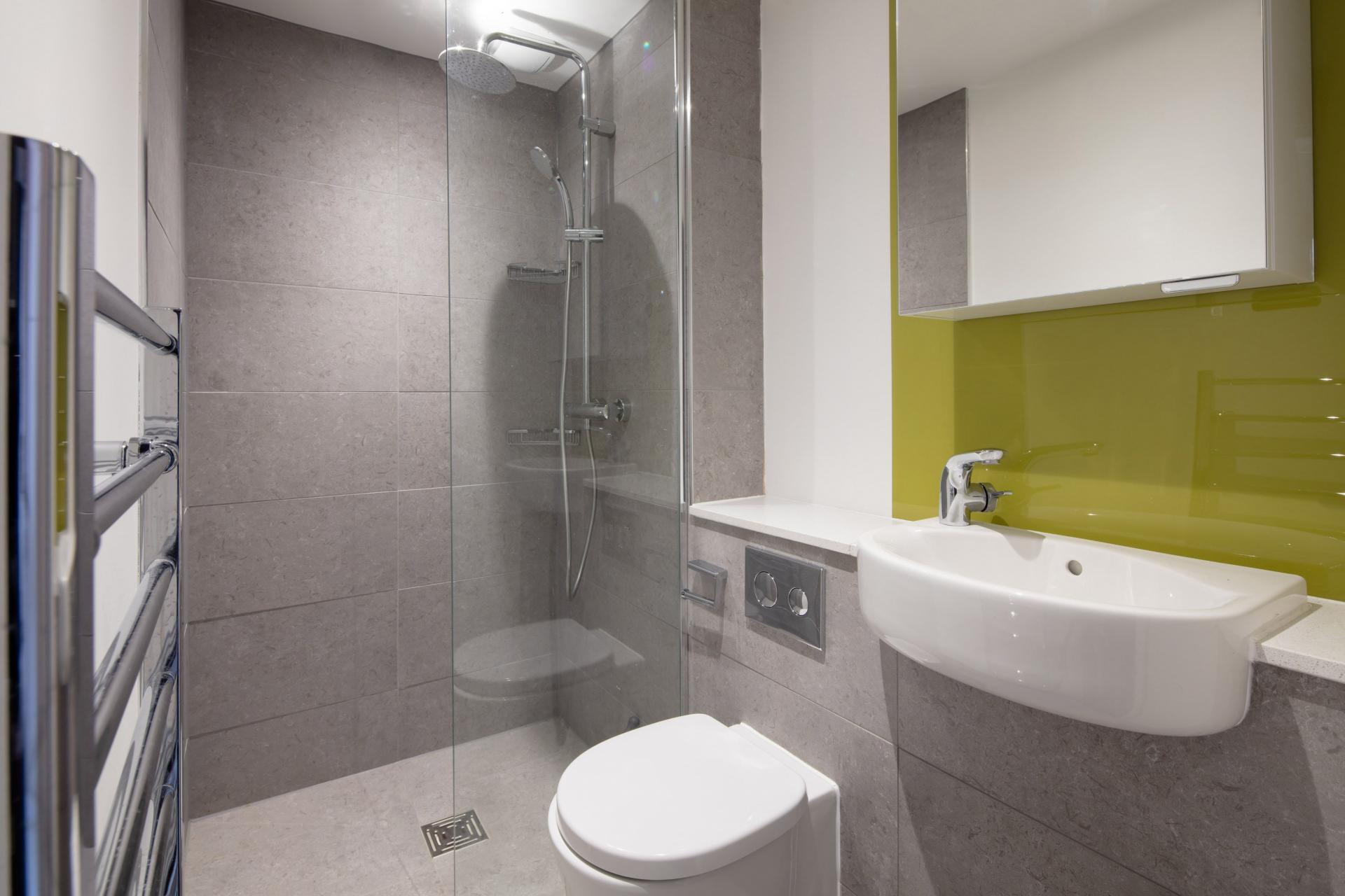 Bathroom at Charlotte Rise Apartments, Brandon, Bristol - Citybase Apartments