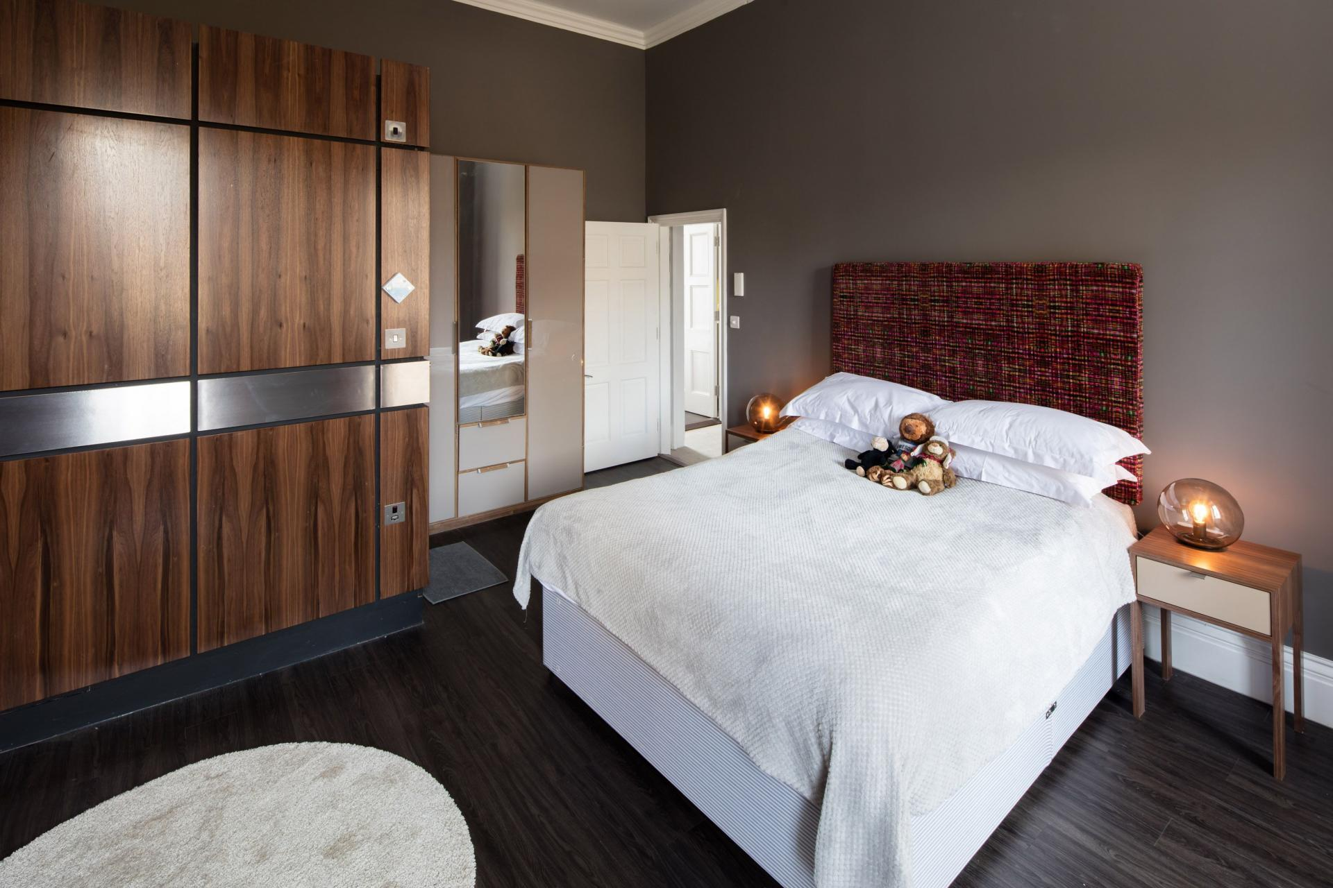 Bed at Charlotte Rise Apartments, Brandon, Bristol - Citybase Apartments