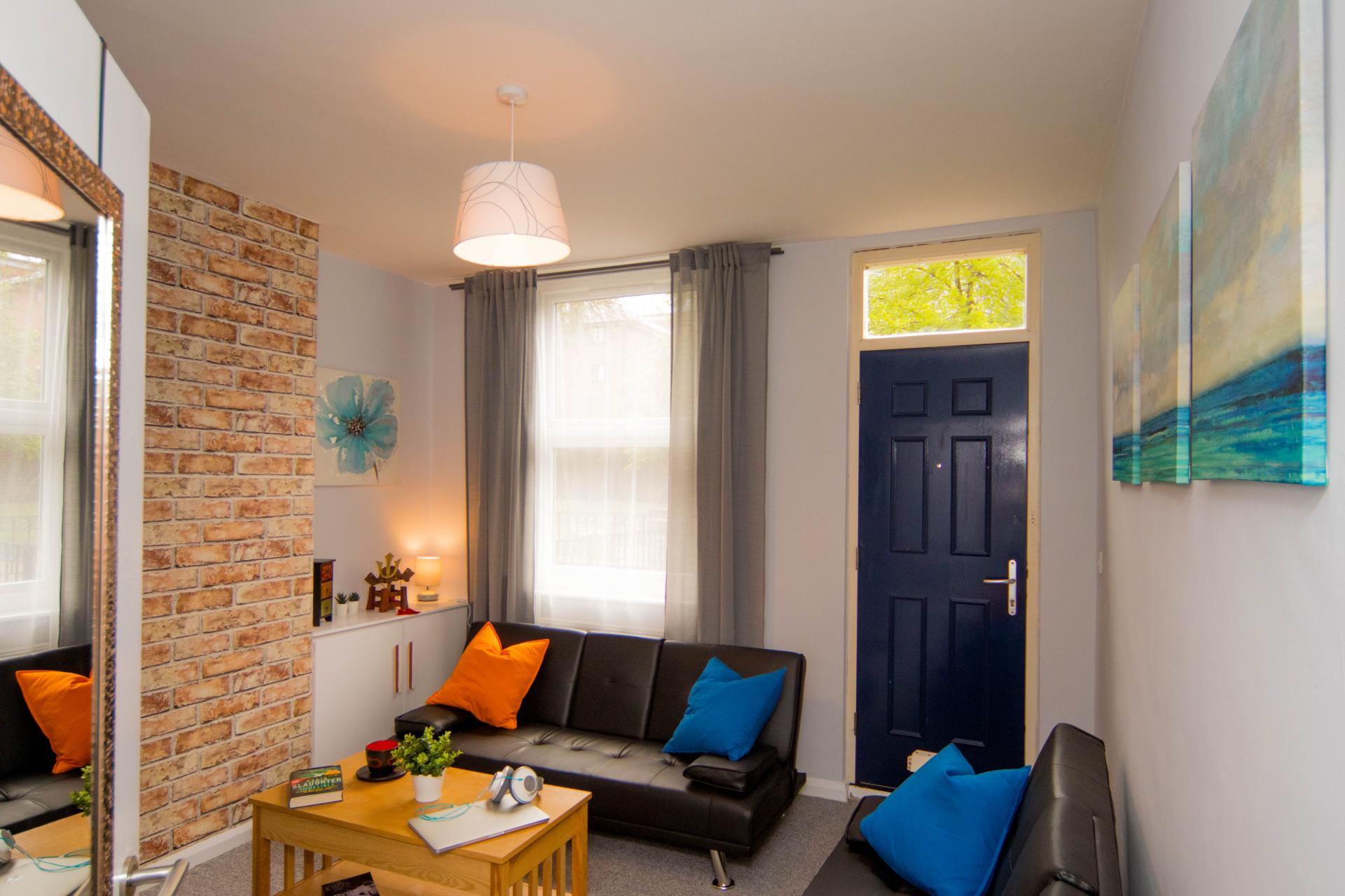 Living area at Limpenny House, Radford, Nottingham - Citybase Apartments