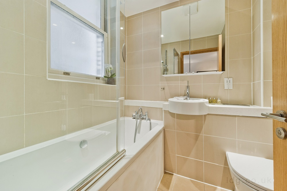 Bathroom at Alfred Place Apartments, Fitzrovia, London - Citybase Apartments