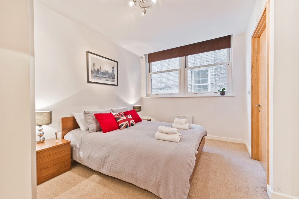 Spacious room at Alfred Place Apartments, Fitzrovia, London - Citybase Apartments