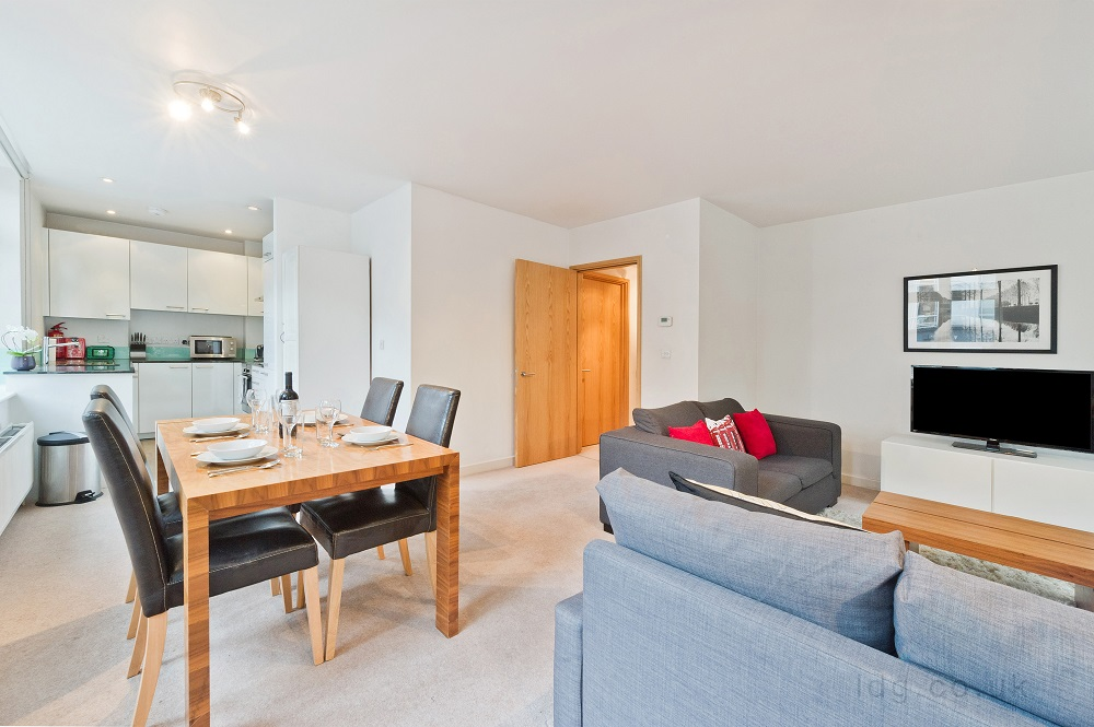 Dining table at Alfred Place Apartments, Fitzrovia, London - Citybase Apartments