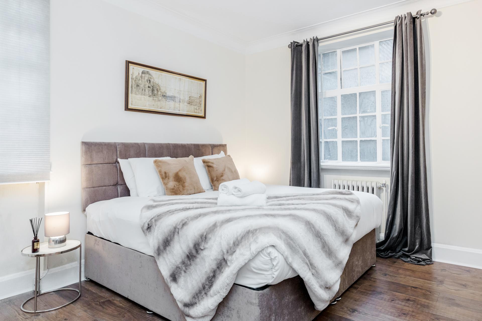 Cushions at Marylebone Luxury Apartments, Marylebone, London - Citybase Apartments