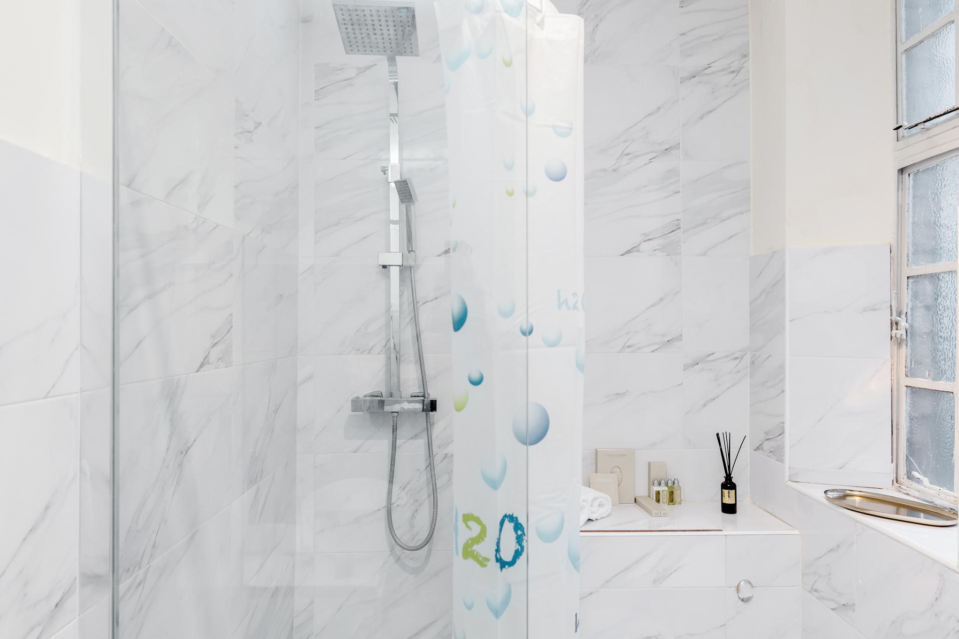 Shower at Marylebone Luxury Apartments, Marylebone, London - Citybase Apartments