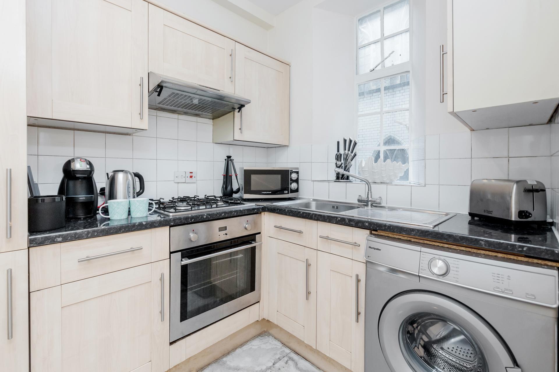 Oven at Marylebone Luxury Apartments, Marylebone, London - Citybase Apartments