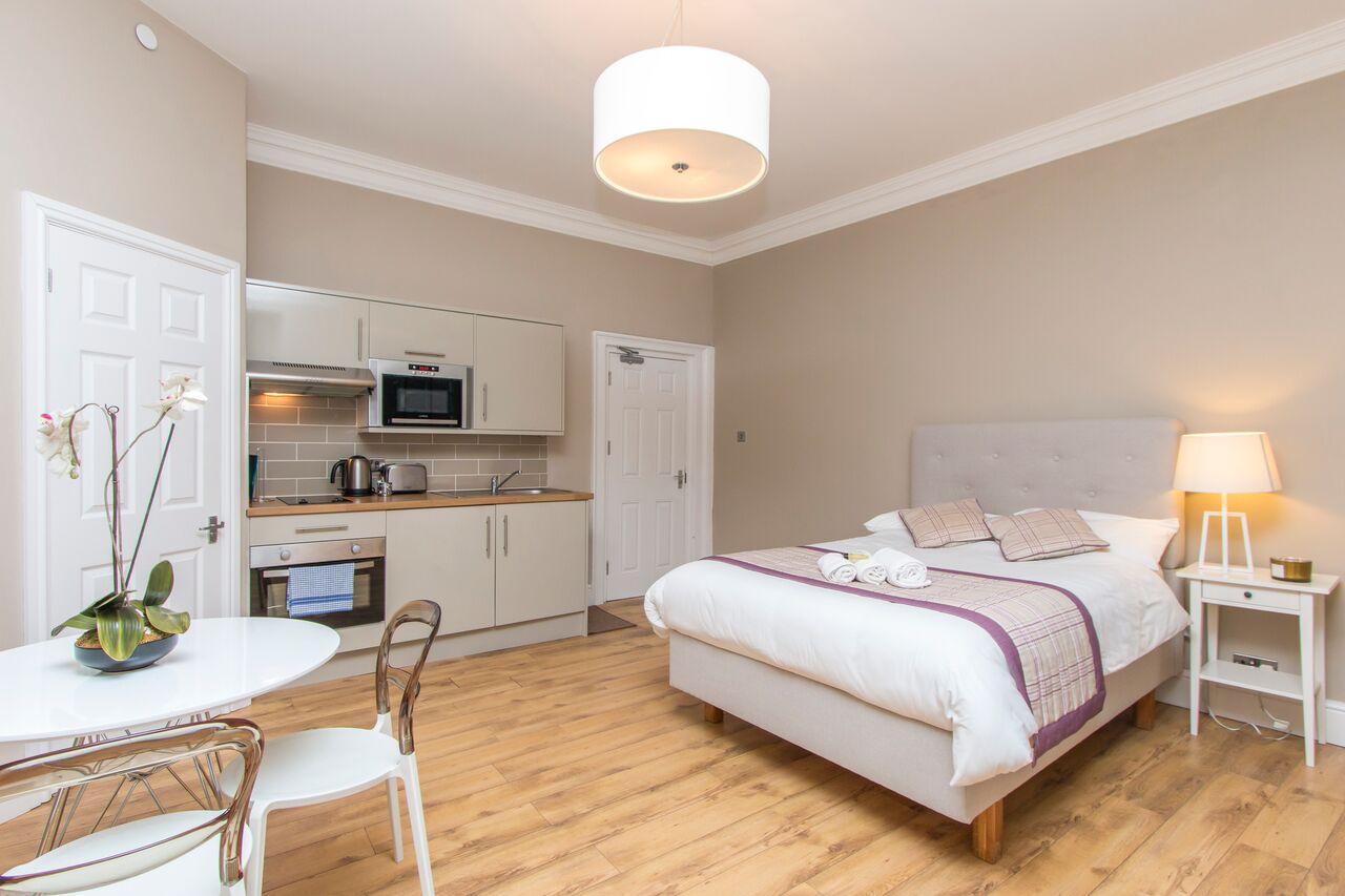 Bed at Lower Park Apartments, Brandon, Bristol - Citybase Apartments