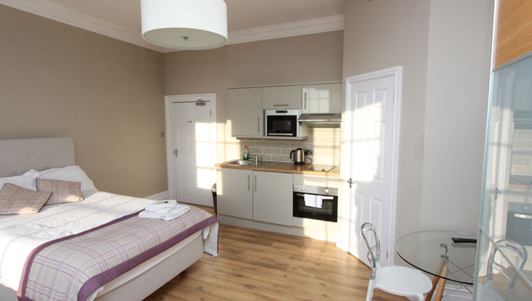 Kitchen at Lower Park Apartments, Brandon, Bristol - Citybase Apartments