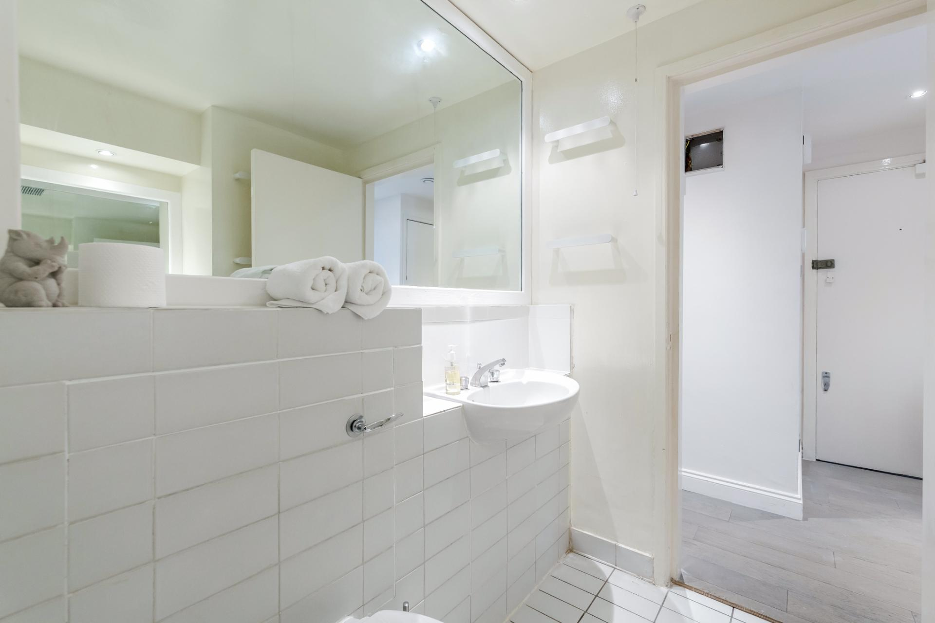Sink at Earls Court Serviced Apartment, Kensington, London - Citybase Apartments