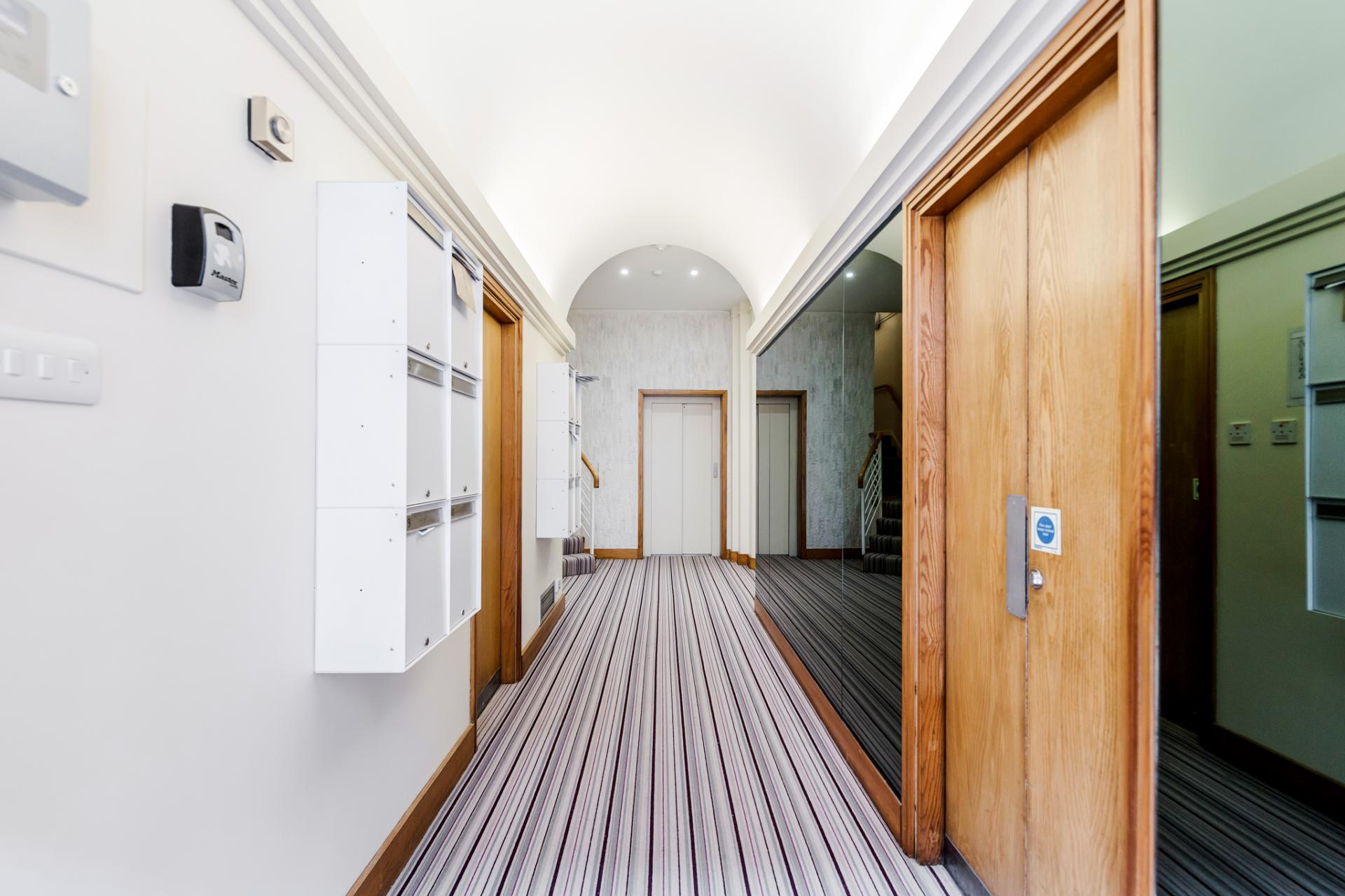 Hallway at Earls Court Serviced Apartment, Kensington, London - Citybase Apartments