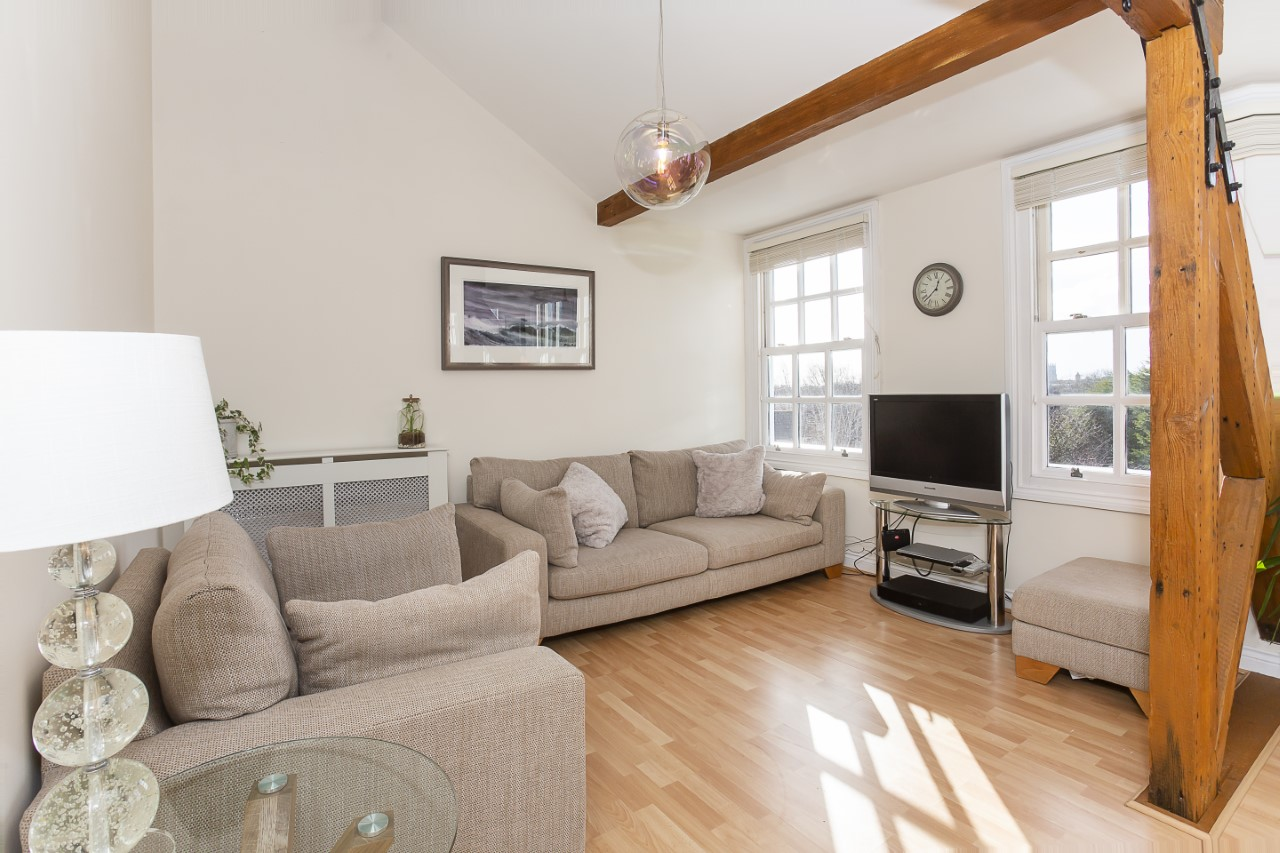 Living area at The Nutshell Apartment, Heworth, York - Citybase Apartments