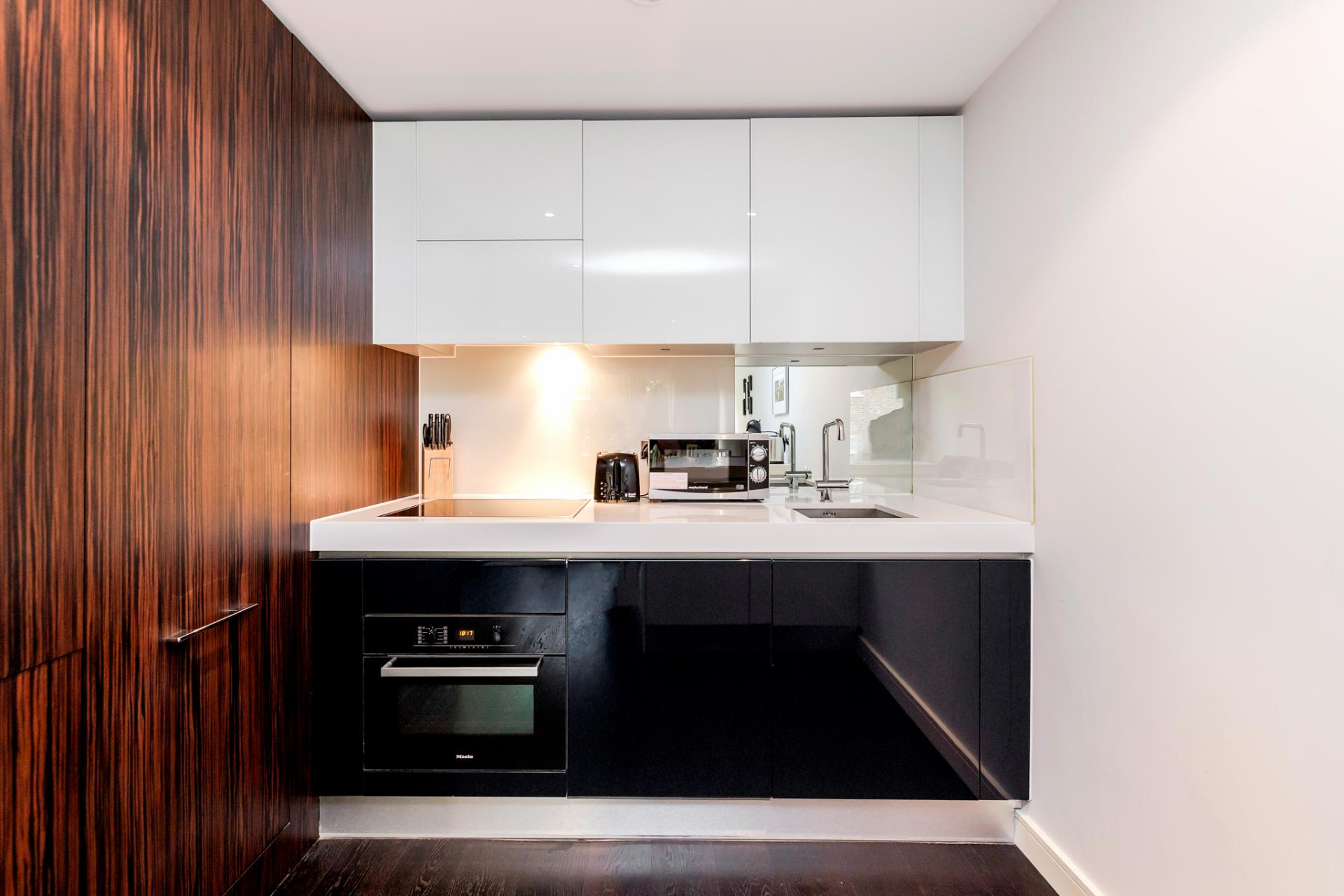 Kitchen at Chelsea Serviced Apartments, Chelsea, London - Citybase Apartments