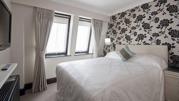 Bedroom in a 1 bed at Mayfair House Apartments - Citybase Apartments