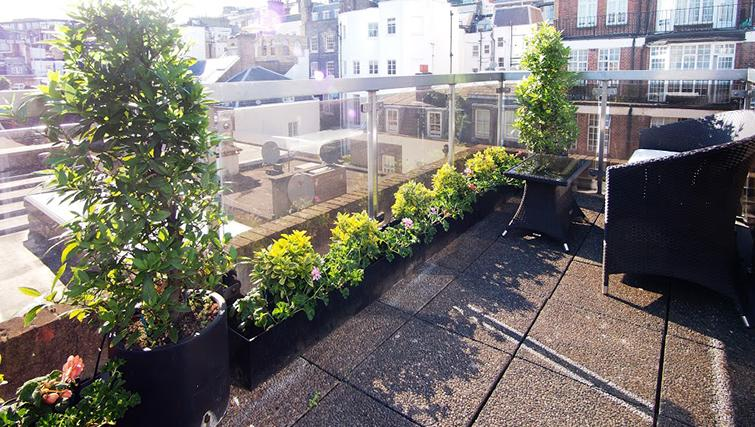 Terrace at Mayfair House Apartments - Citybase Apartments