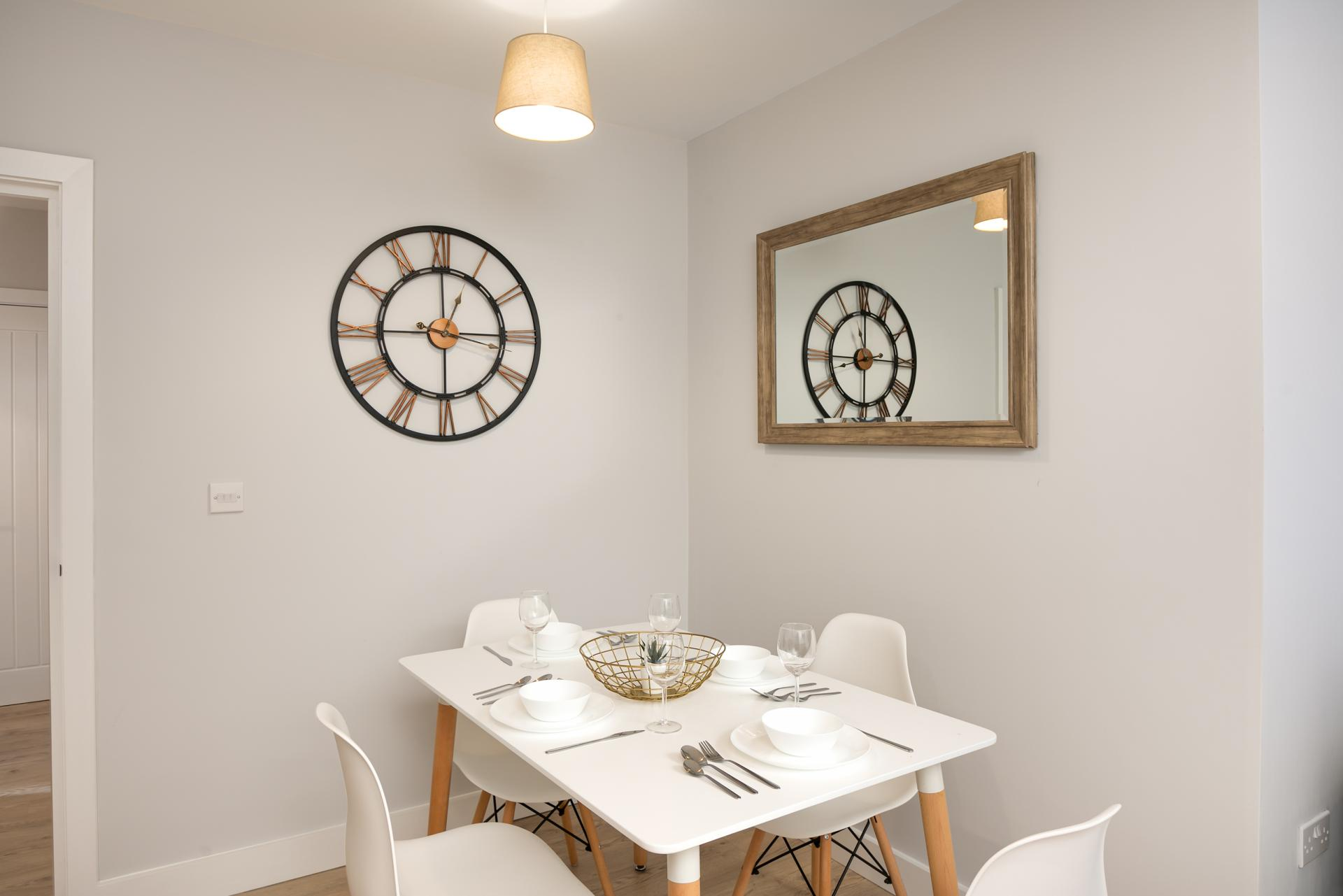 Dining Area at Wesley Gate Apartments, Centre, Reading - Citybase Apartments
