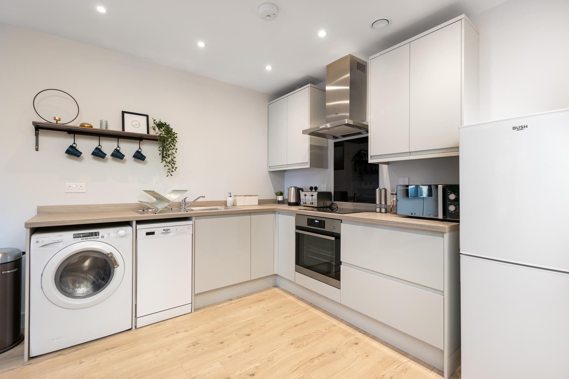 Kitchen at Wesley Gate Apartments, Centre, Reading - Citybase Apartments