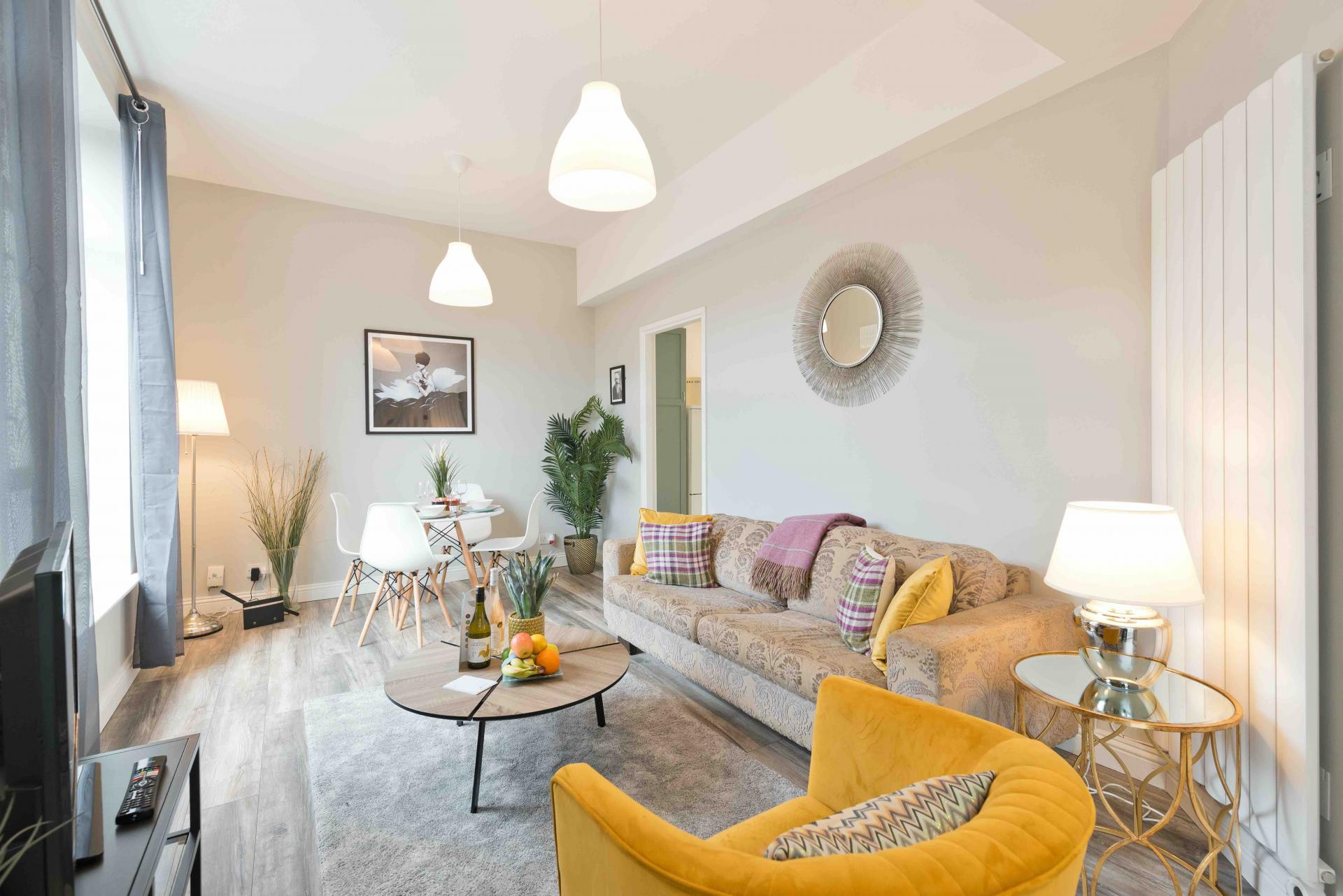 Living area at Crow Street Apartment, Temple Bar, Dublin - Citybase Apartments