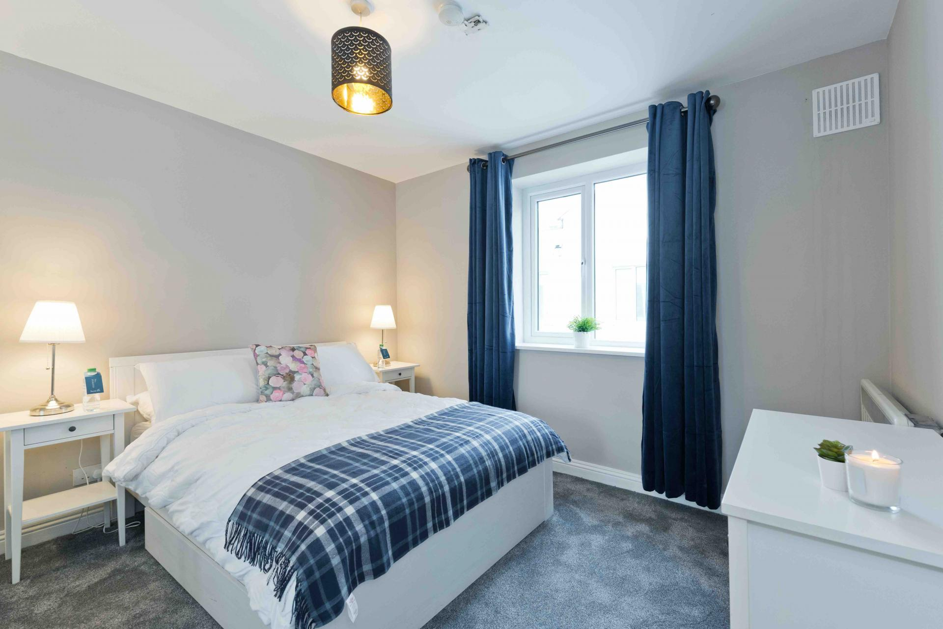 Bedroom at Crow Street Apartment, Temple Bar, Dublin - Citybase Apartments