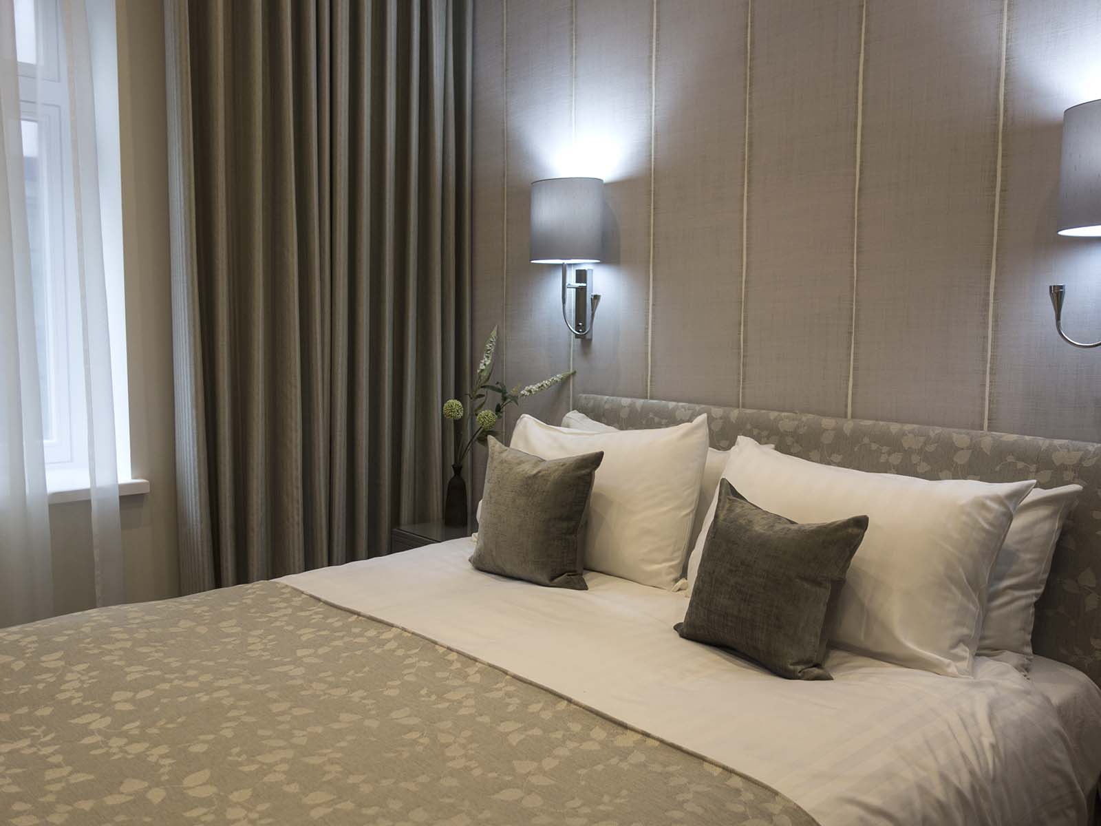 Bed at Chesham Court, Belgravia, London - Citybase Apartments