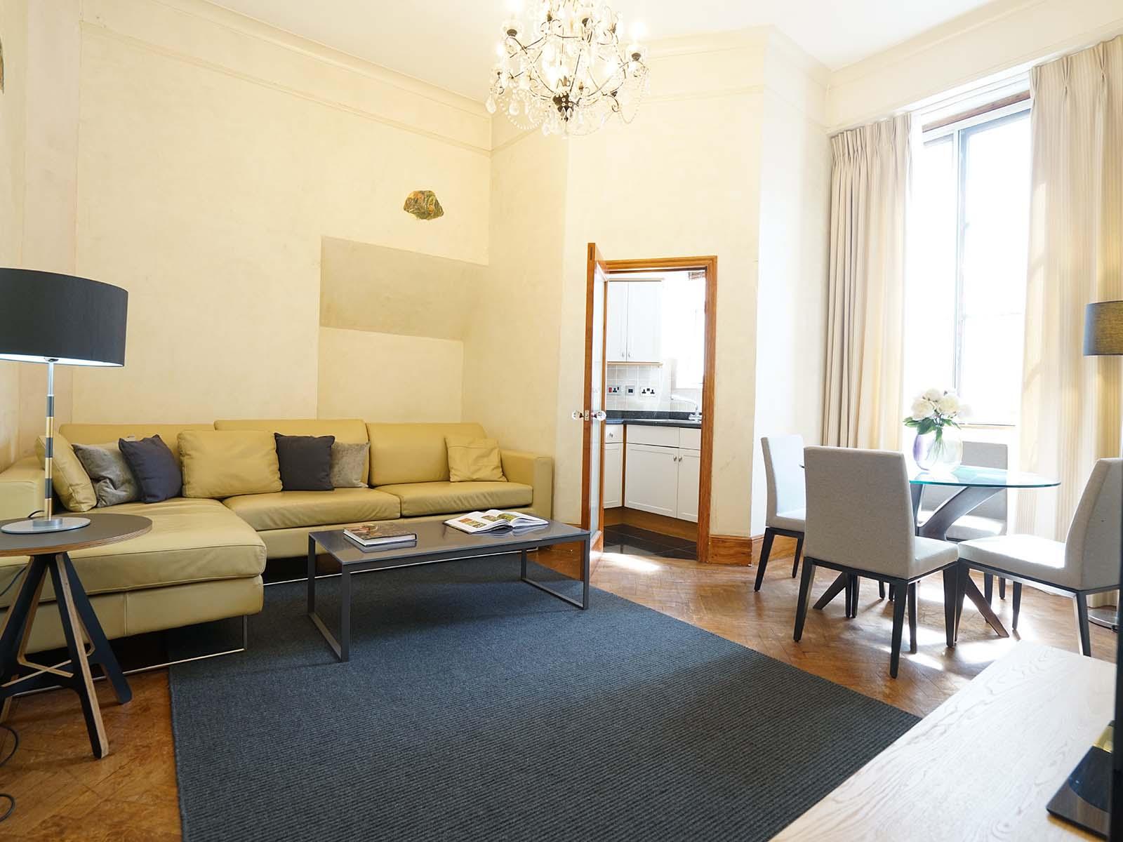 Large living area at Chesham Court, Belgravia, London - Citybase Apartments