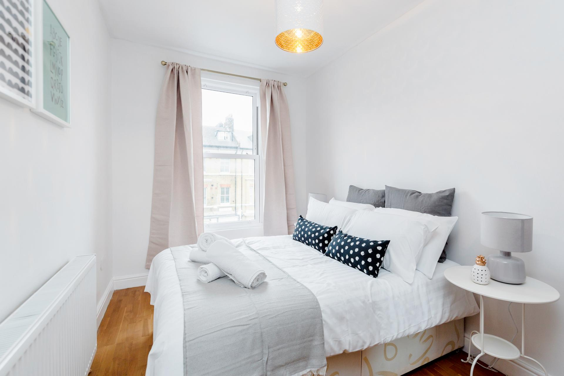 Bedroom at Lavender Hill Apartments, Clapham Junction, London - Citybase Apartments