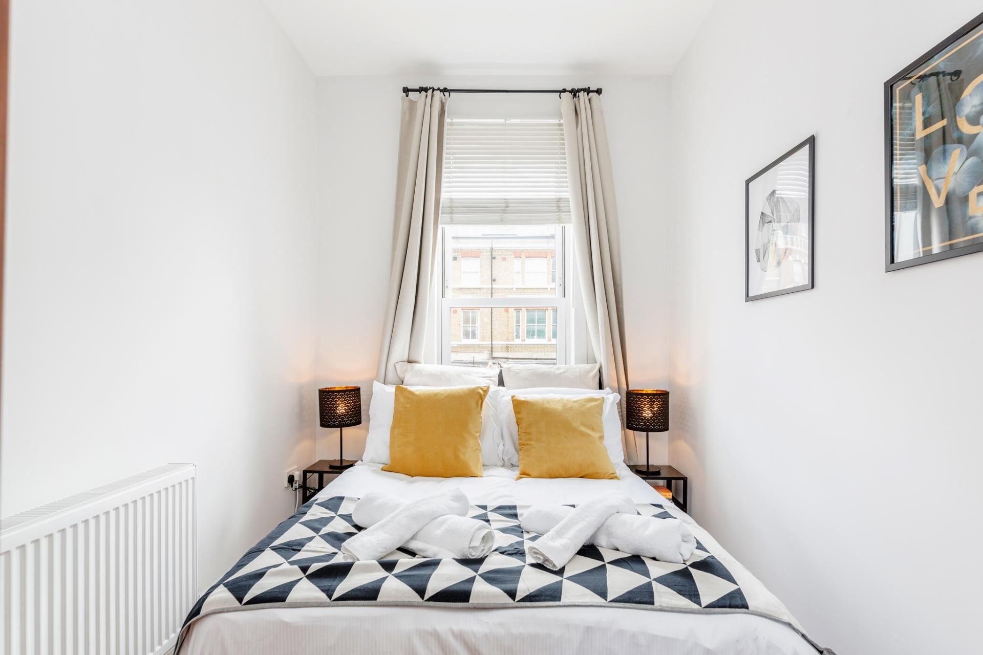 Double bed at Lavender Hill Apartments, Clapham Junction, London - Citybase Apartments