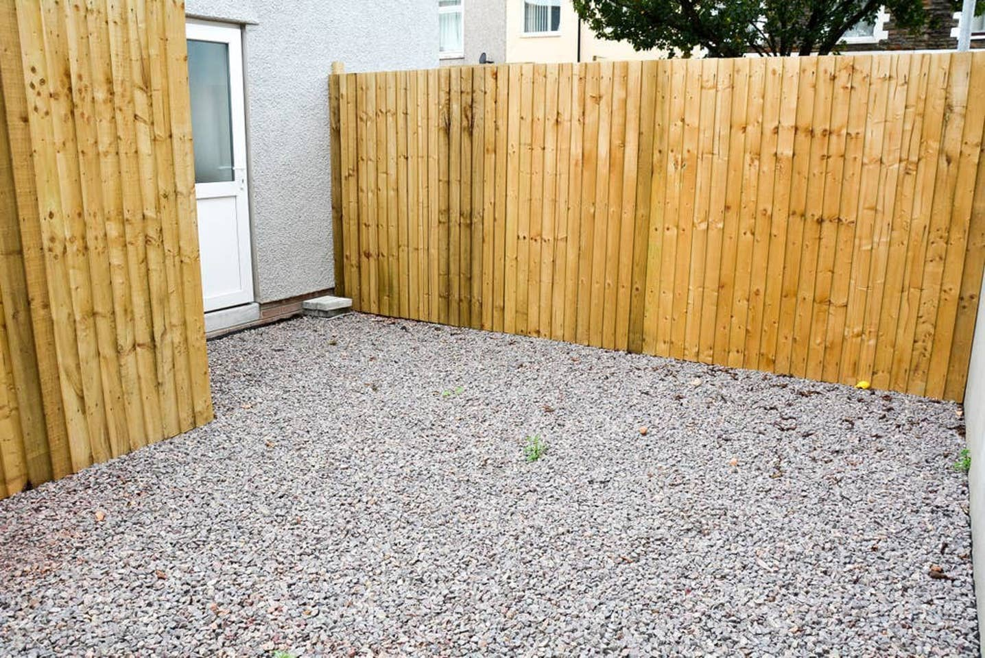 Gravel at Pearl House Serviced Apartments, Roath, Cardiff - Citybase Apartments