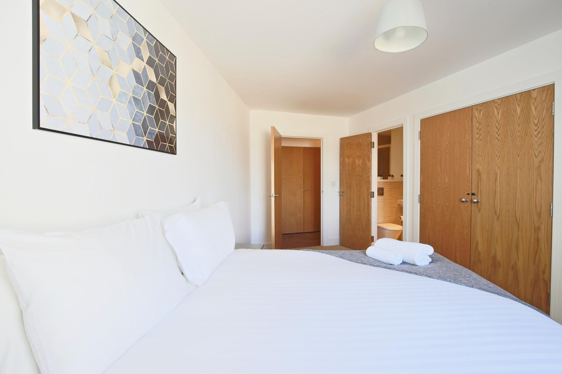 Cosy bed at Austen House, Centre, Guildford - Citybase Apartments