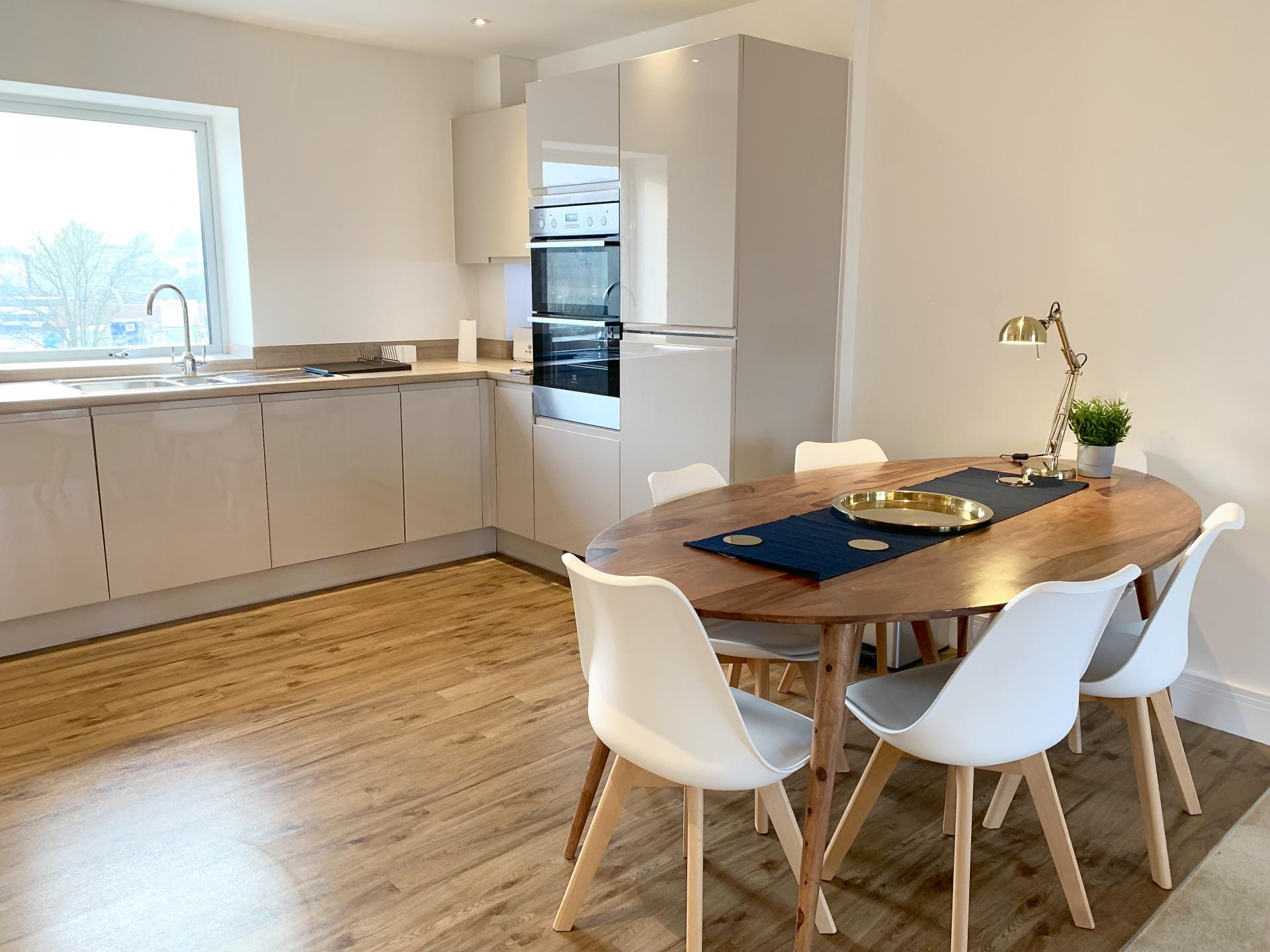 Dining table at Austen House, Centre, Guildford - Citybase Apartments