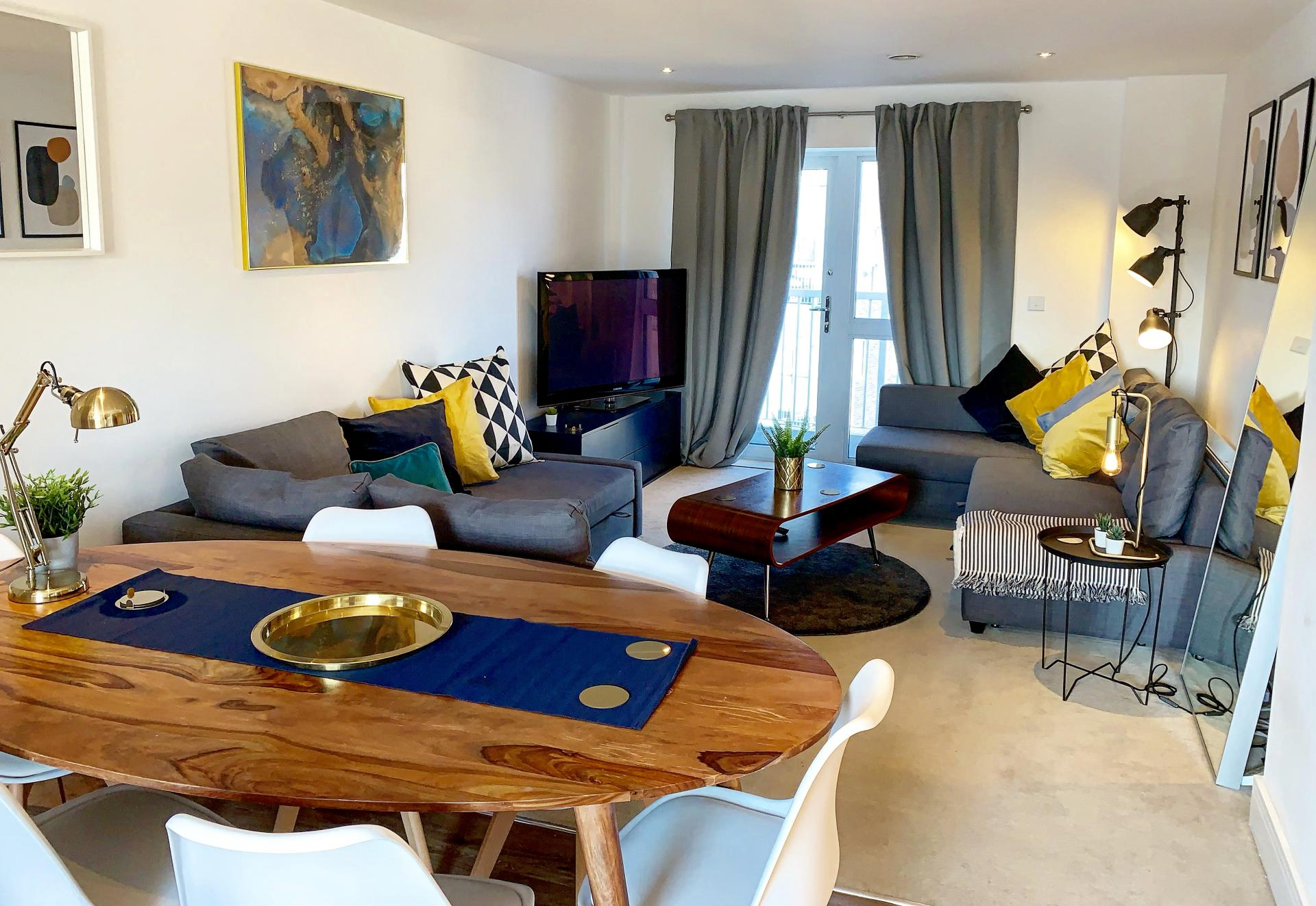Lounge at Austen House, Centre, Guildford - Citybase Apartments