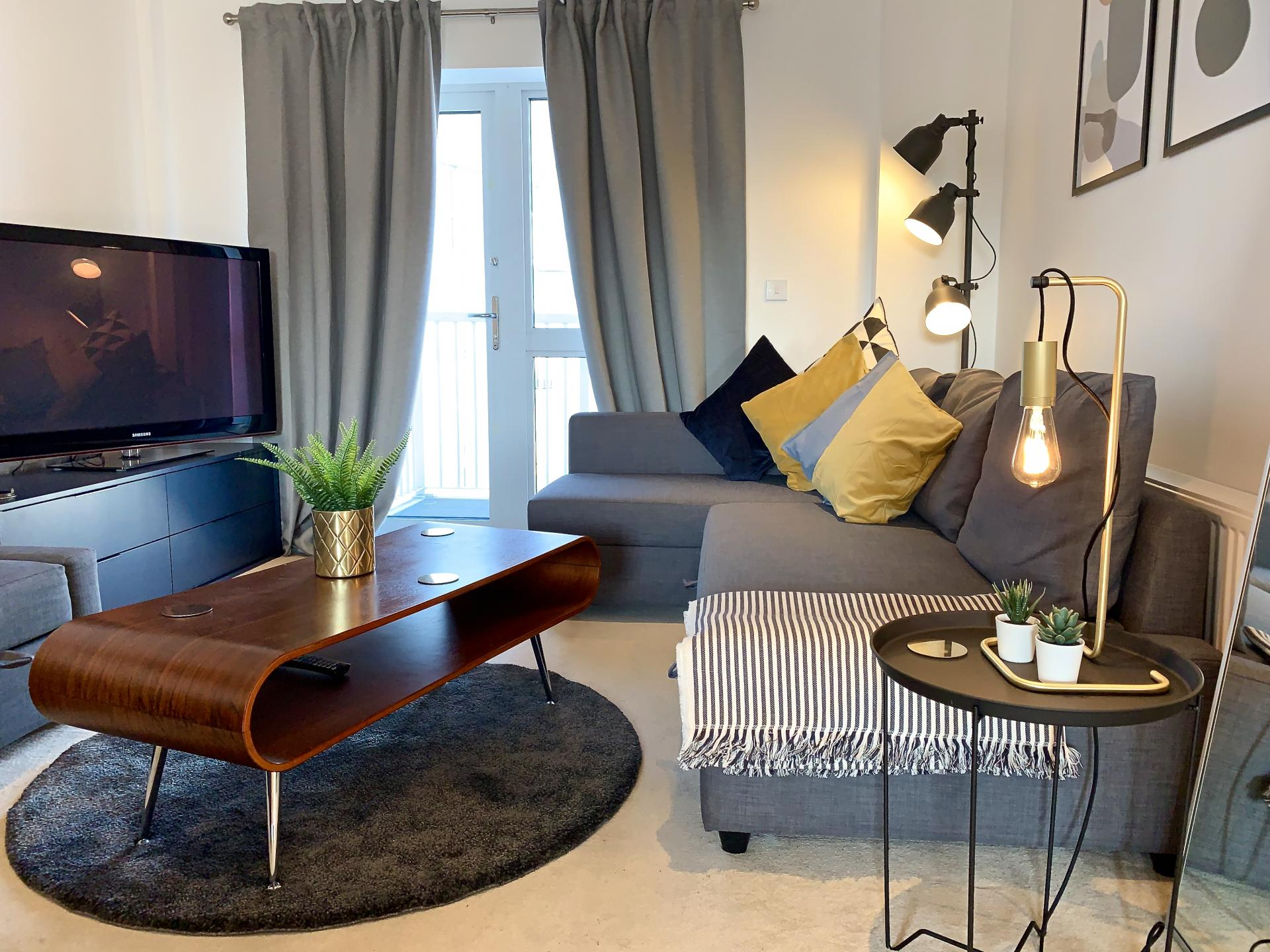Living area at Austen House, Centre, Guildford - Citybase Apartments
