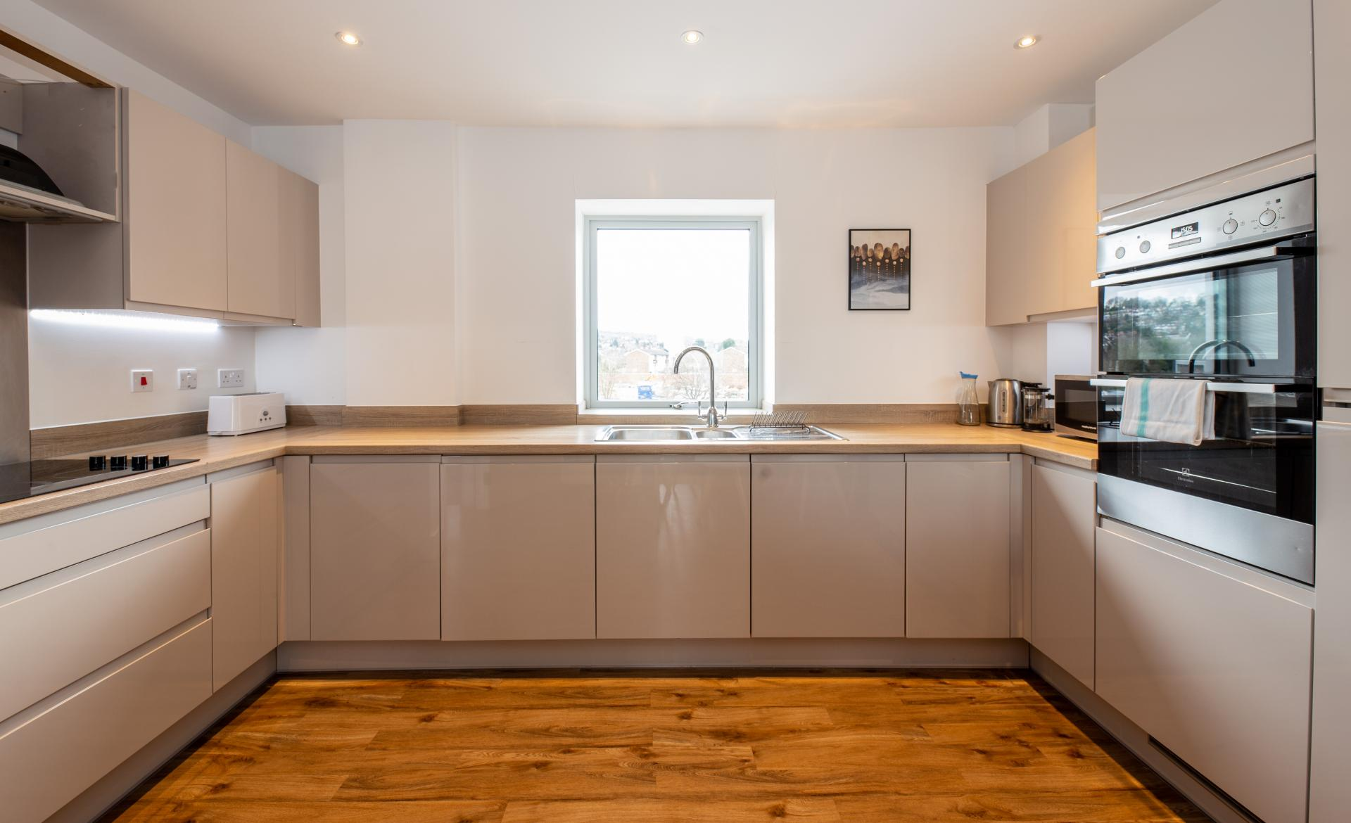 Oven at Austen House, Centre, Guildford - Citybase Apartments