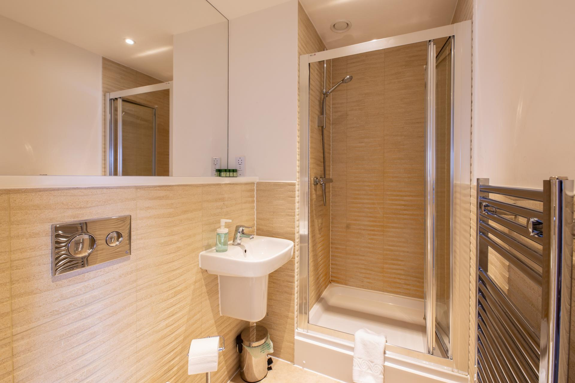 Shower at Austen House, Centre, Guildford - Citybase Apartments