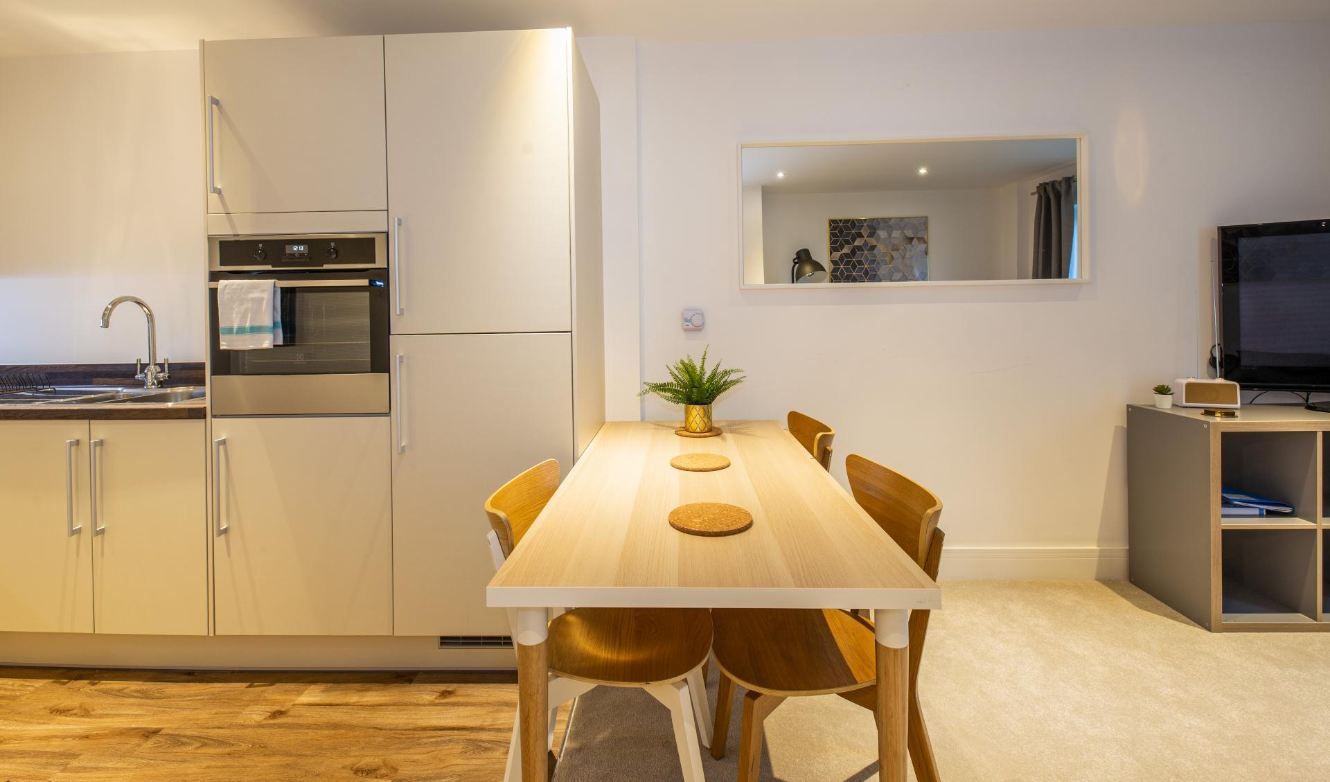 Kitchen diner at Austen House, Centre, Guildford - Citybase Apartments