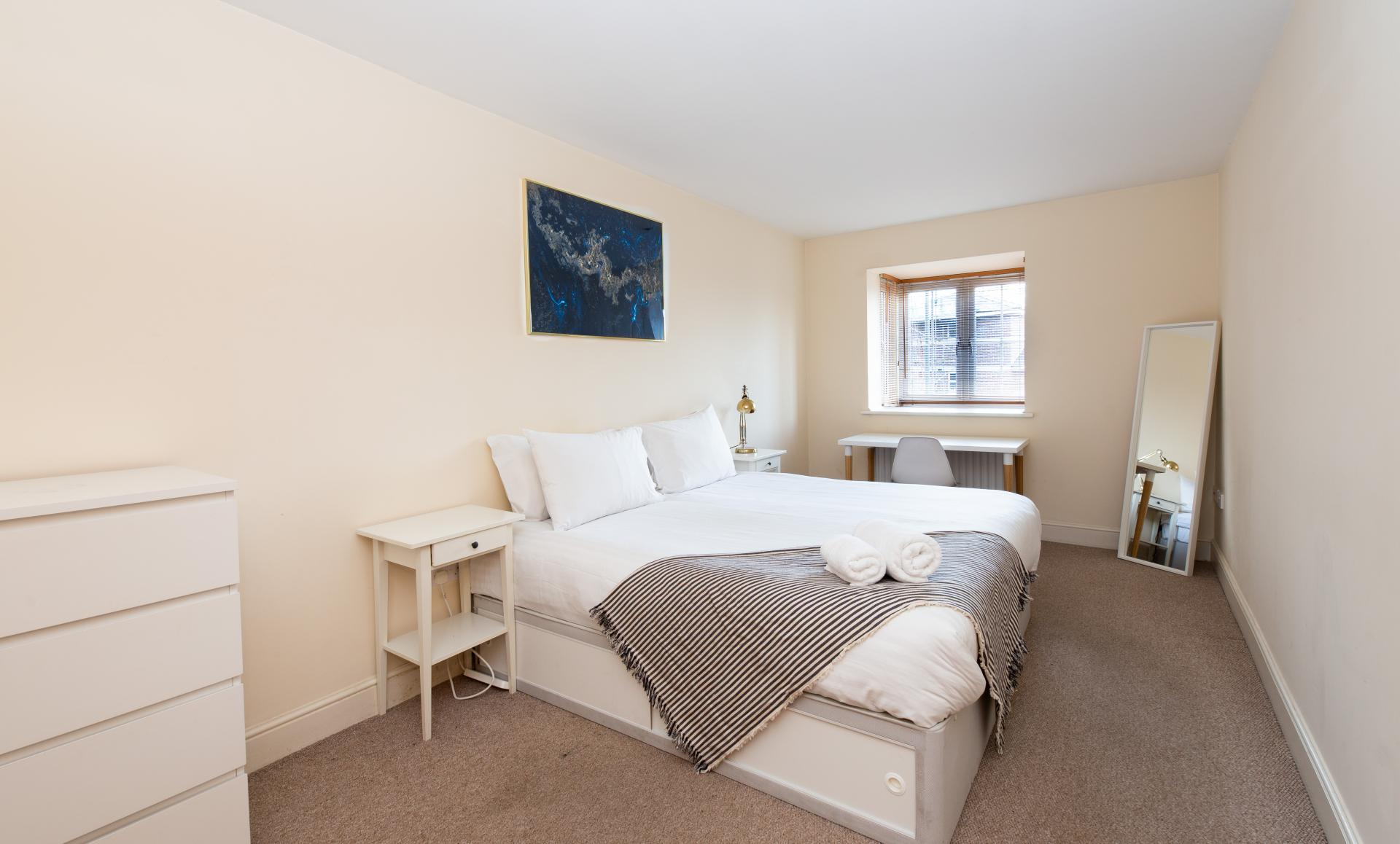Master Bedroom at Guildown Court Apartment, Centre, Guildford - Citybase Apartments