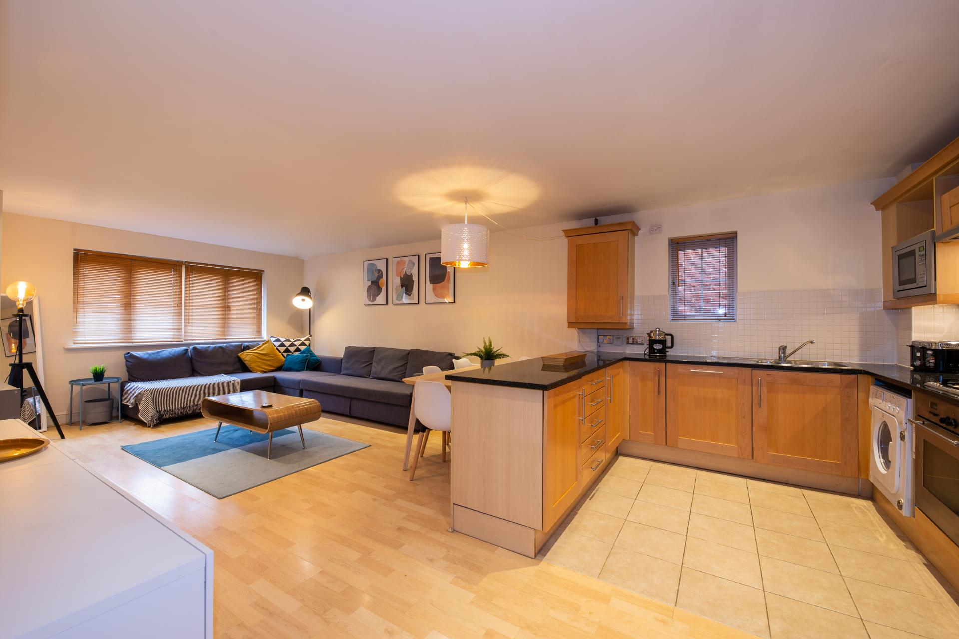 Layout at Guildown Court Apartment, Centre, Guildford - Citybase Apartments