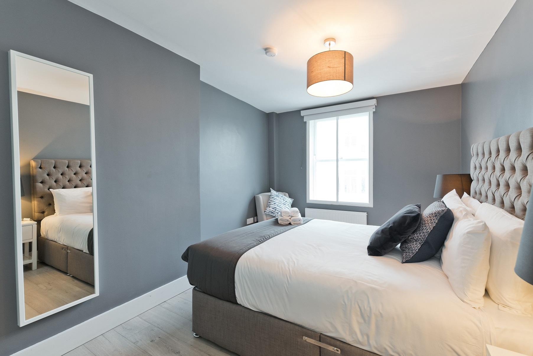 Mirror at Dawson Street Apartments, Portobello, Dublin - Citybase Apartments