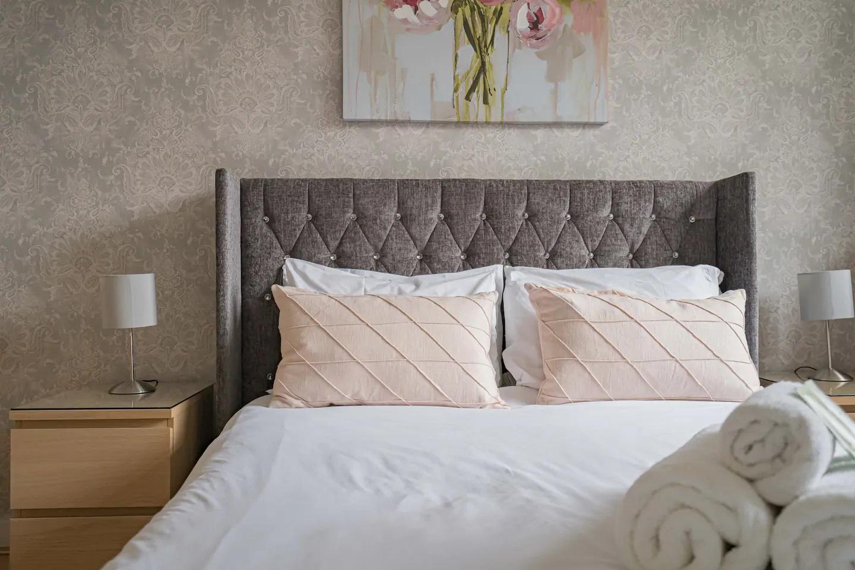 Bedding at Royal Mile New Street Apartment, Centre, Edinburgh - Citybase Apartments