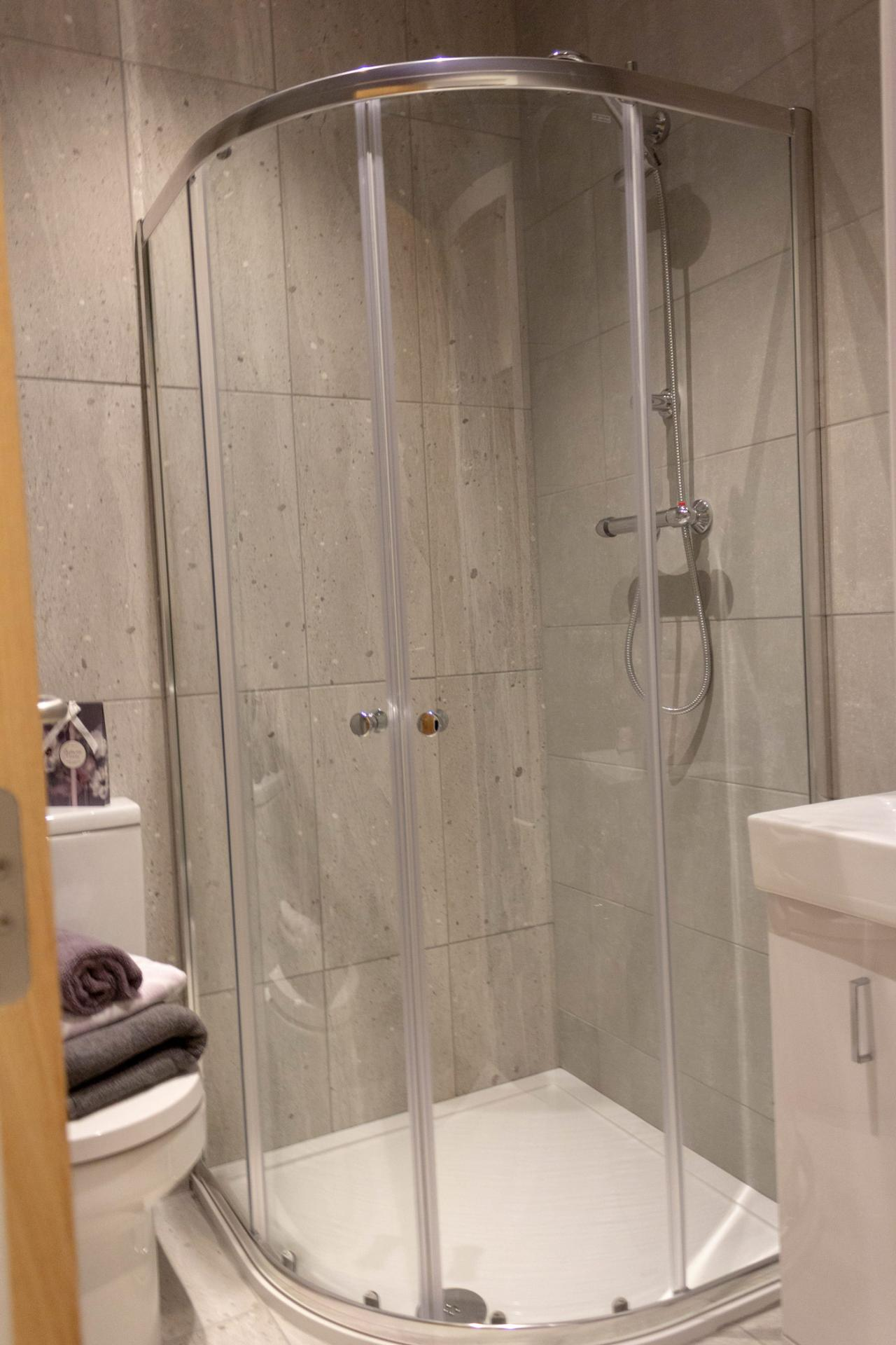 Bathroom at Colonial Chambers, Ropewalks, Liverpool - Citybase Apartments