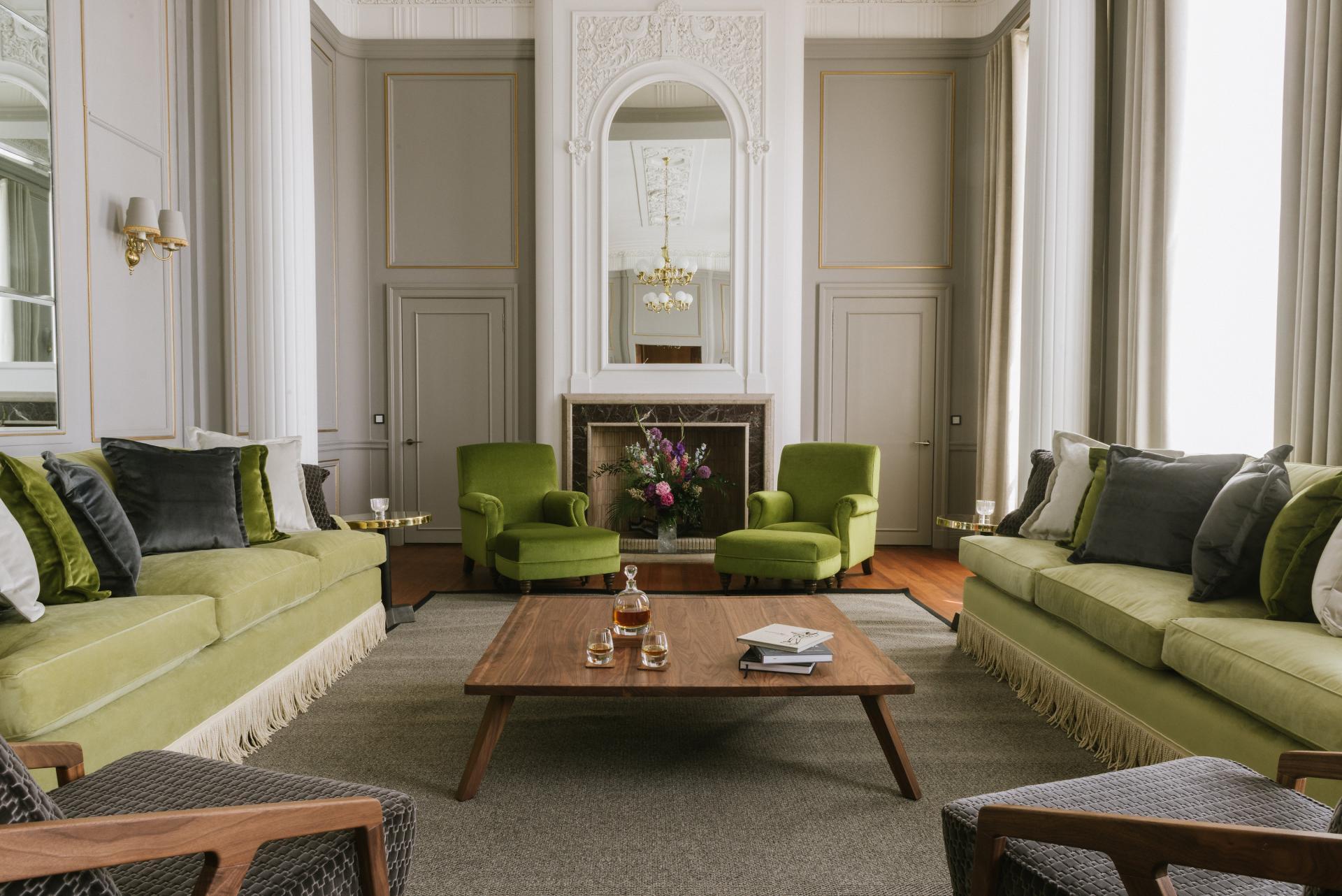 Luxury lounge at The Edinburgh Grand Apartments, Centre, Edinburgh - Citybase Apartments