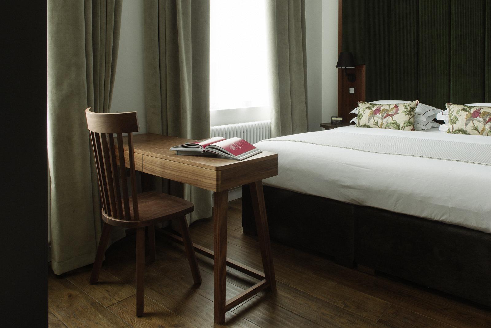 Desk at The Edinburgh Grand Apartments, Centre, Edinburgh - Citybase Apartments