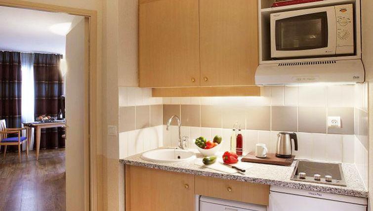 Fresh kitchen in Citadines Bastille Gare de Lyon Apartments - Citybase Apartments