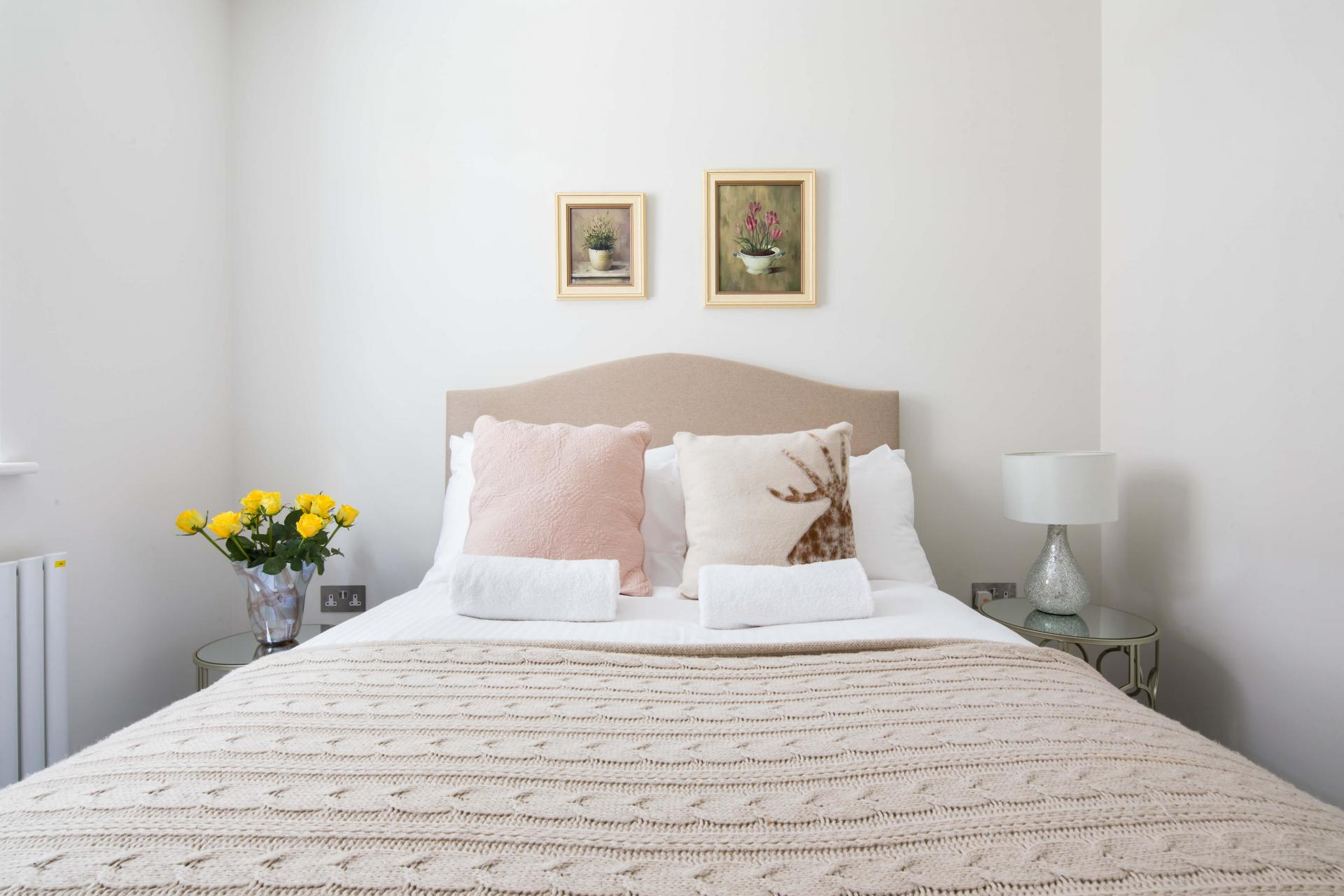 Bedding at Rainsford Mews, Paddington, London - Citybase Apartments