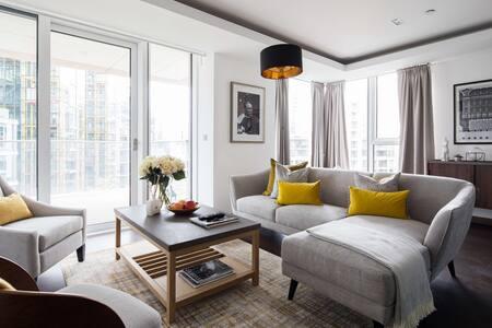Living area at Paddington Gardens, Paddington, London - Citybase Apartments