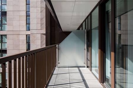 Balcony at Paddington Gardens, Paddington, London - Citybase Apartments