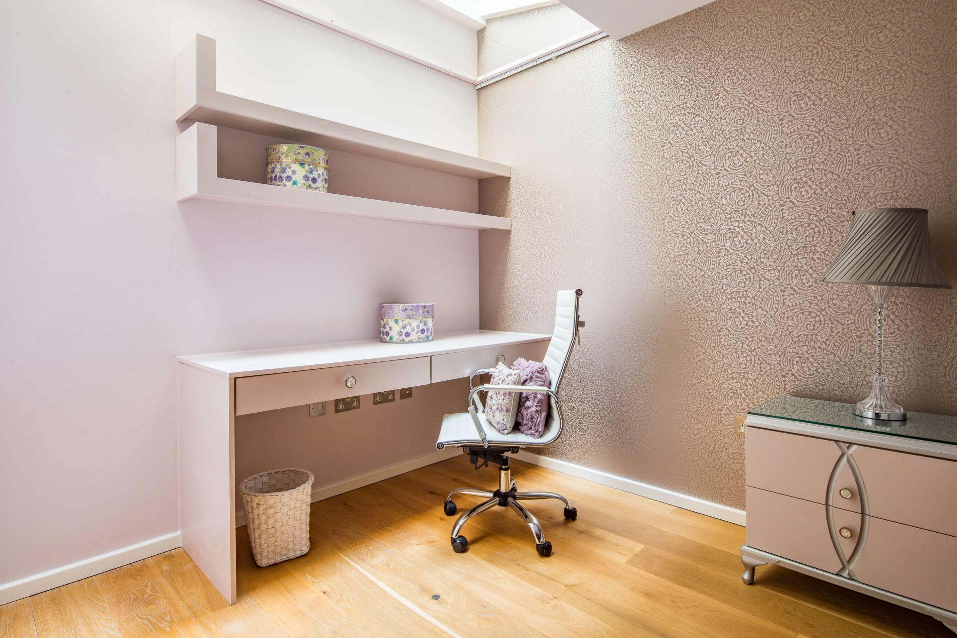 Desk at Meritas Court Apartments, Bayswater, London - Citybase Apartments