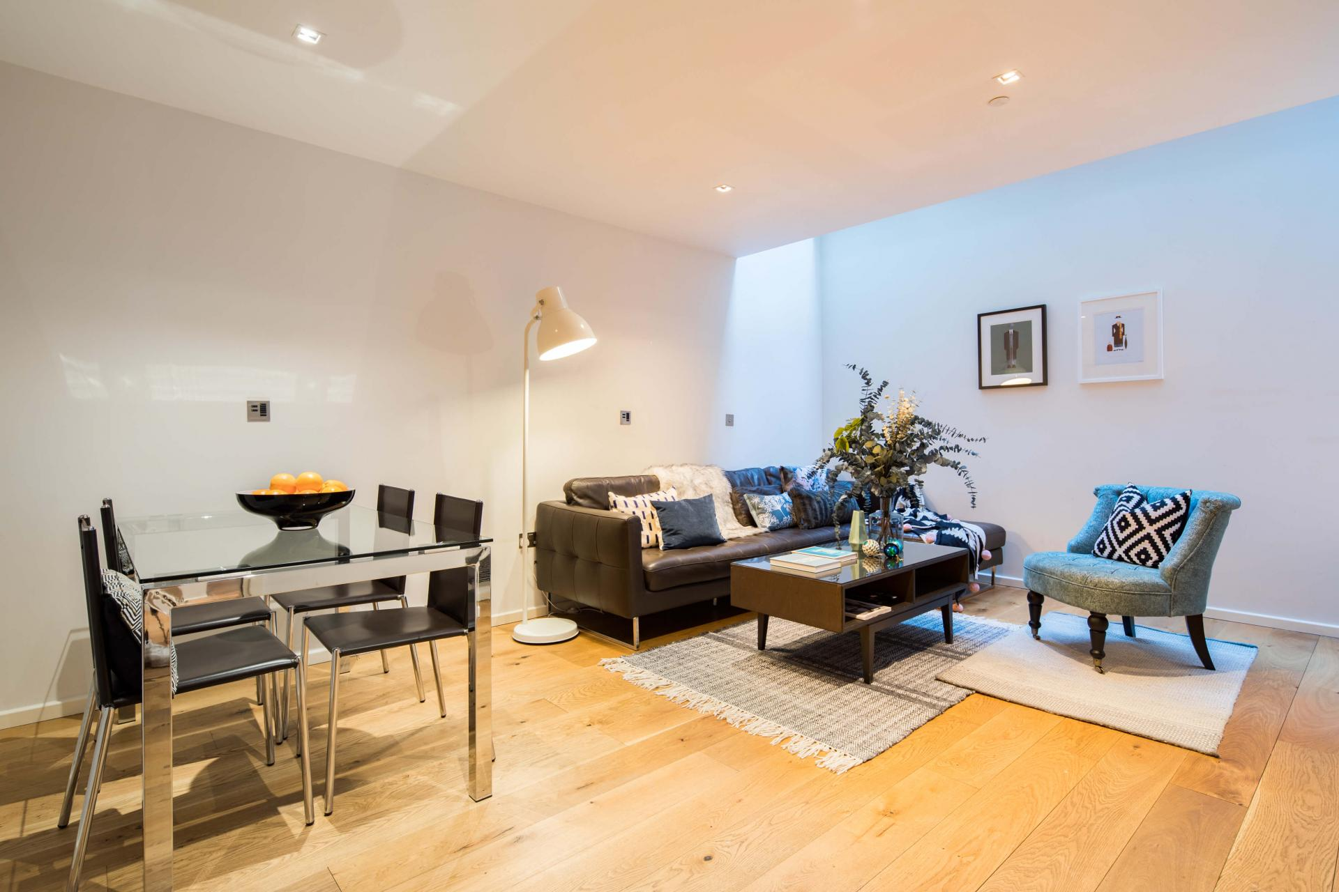 Open-plan at Meritas Court Apartments, Bayswater, London - Citybase Apartments