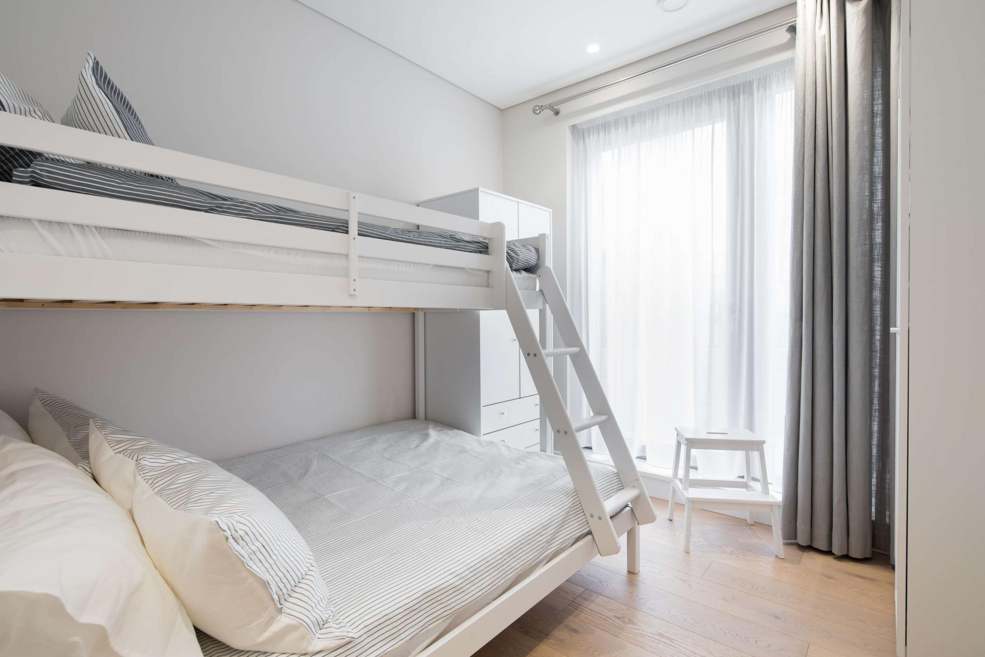 Bunk beds at Castle Lane Apartments, Westminster, London - Citybase Apartments