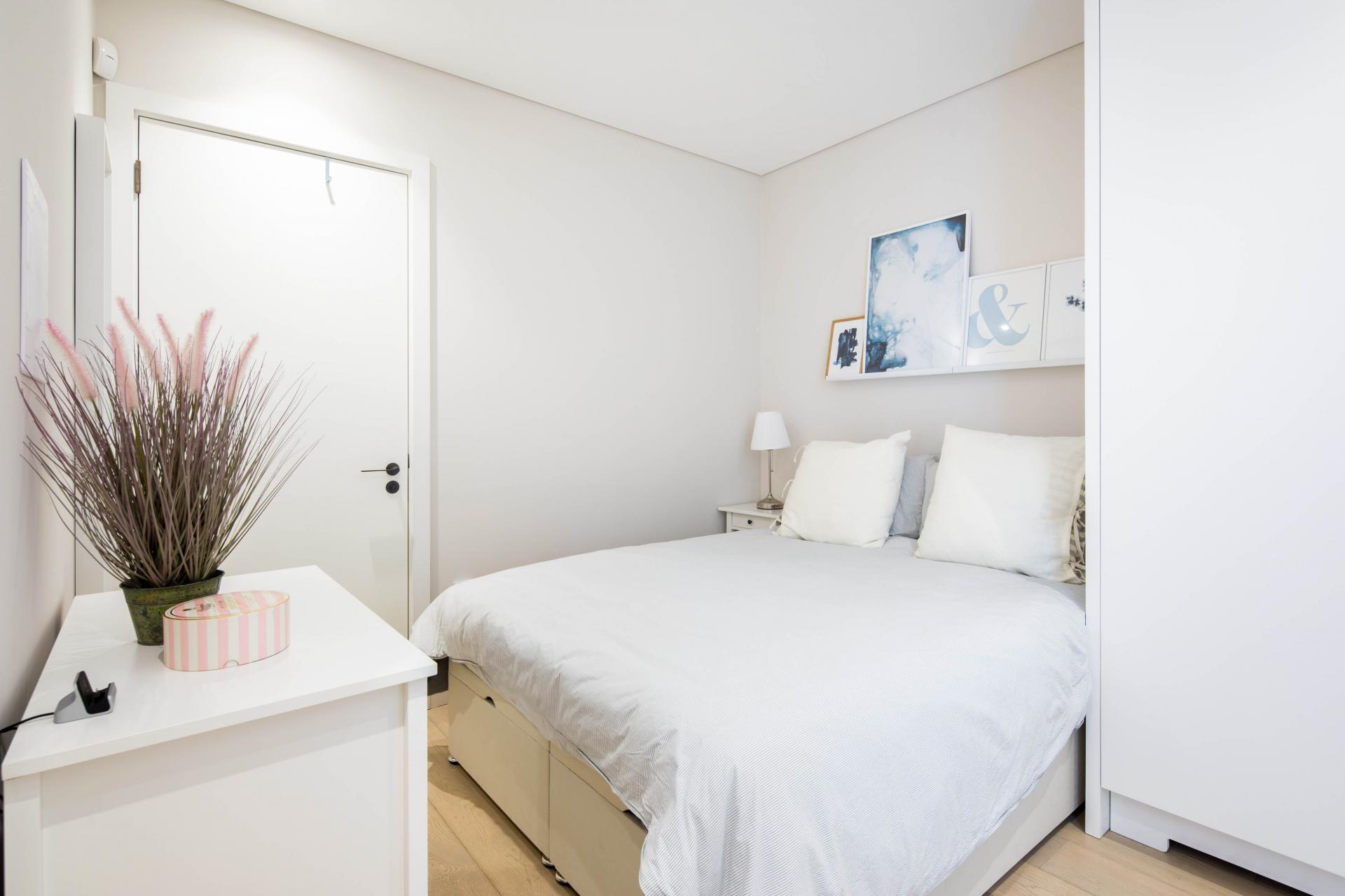 White linen at Castle Lane Apartments, Westminster, London - Citybase Apartments