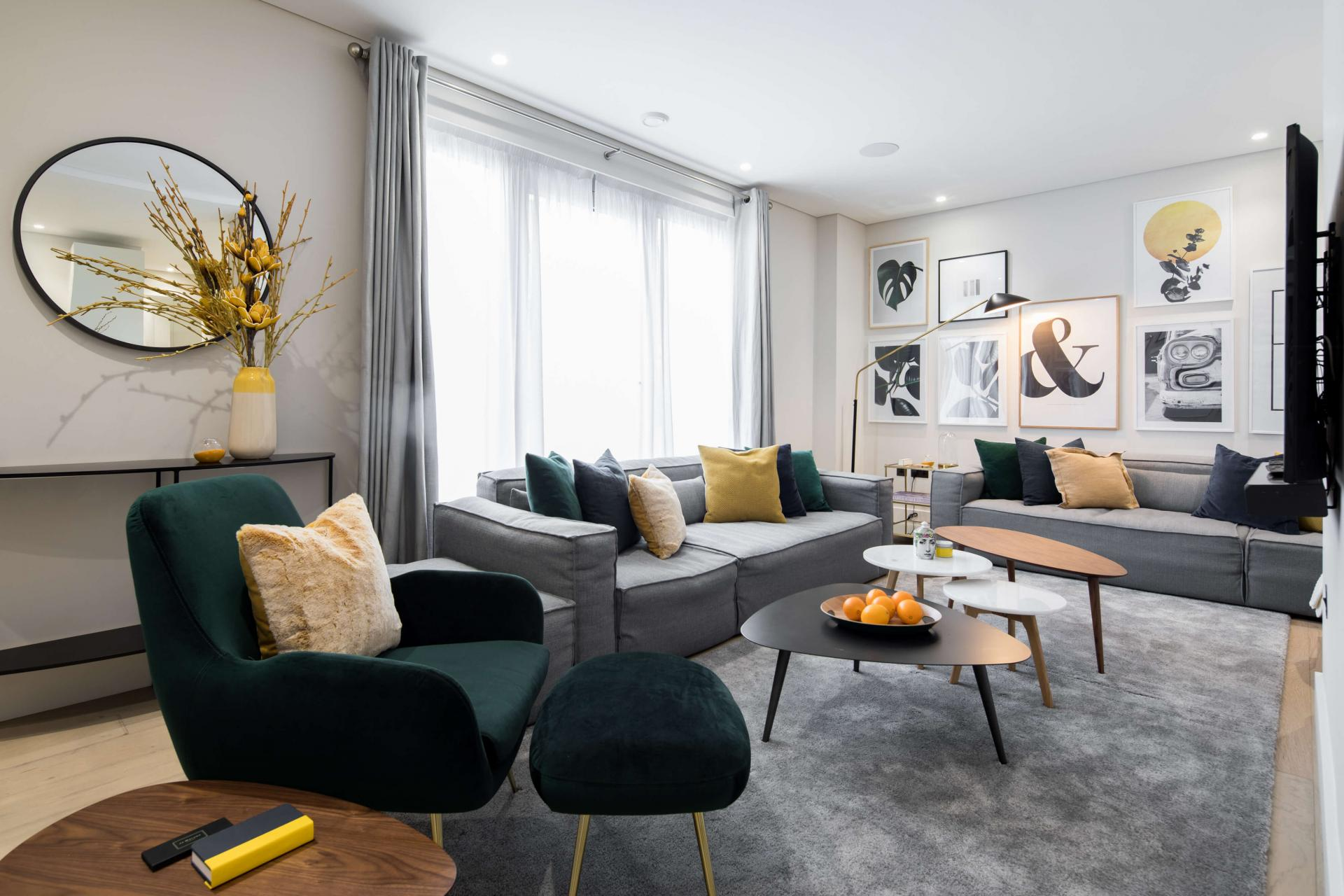 Living area at Castle Lane Apartments, Westminster, London - Citybase Apartments