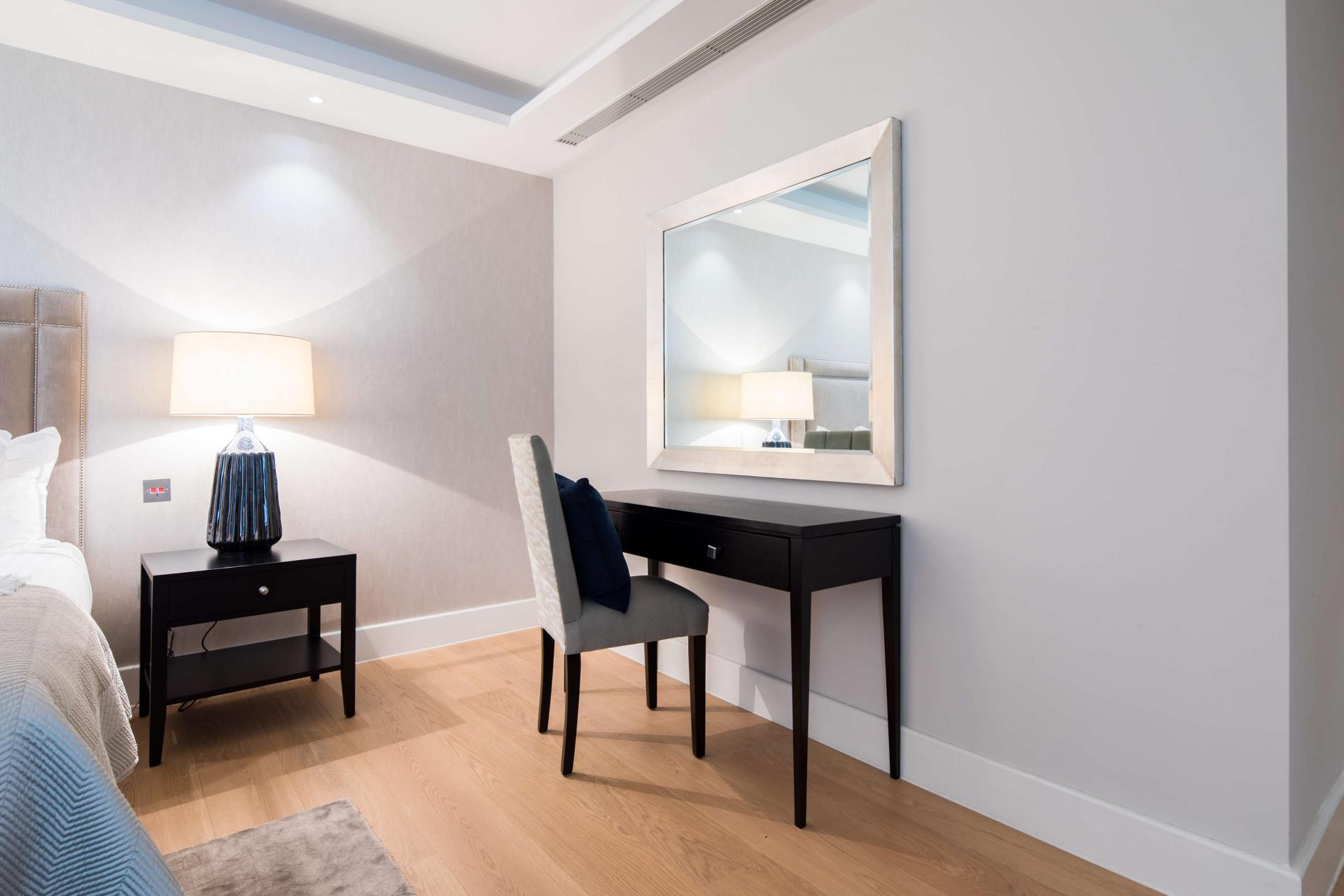 Dressing table at Logan Place Apartments, Kensington, London - Citybase Apartments